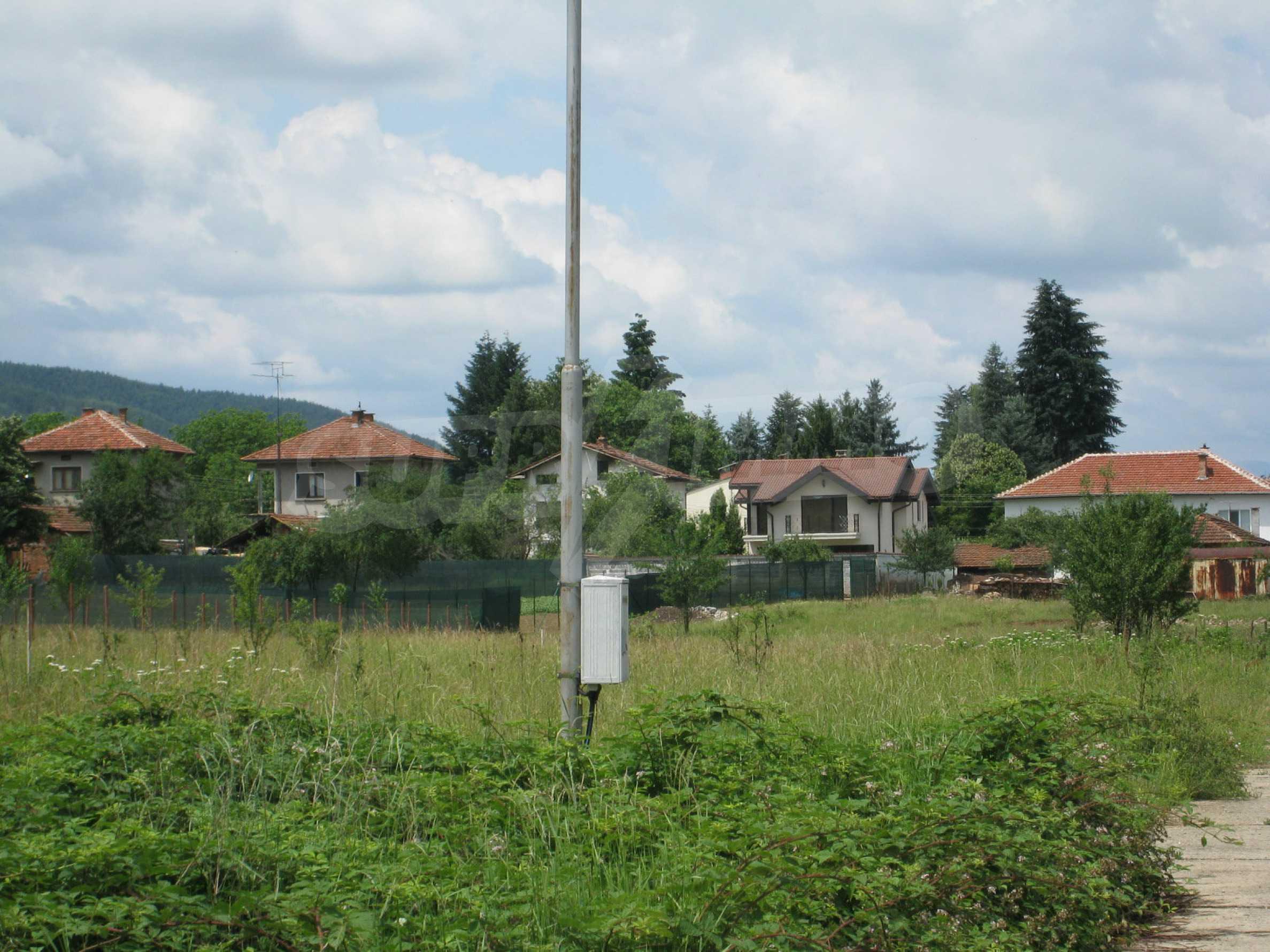 Reguliertes Grundstück mit Blick auf die Berge in der Nähe von Pravets 21