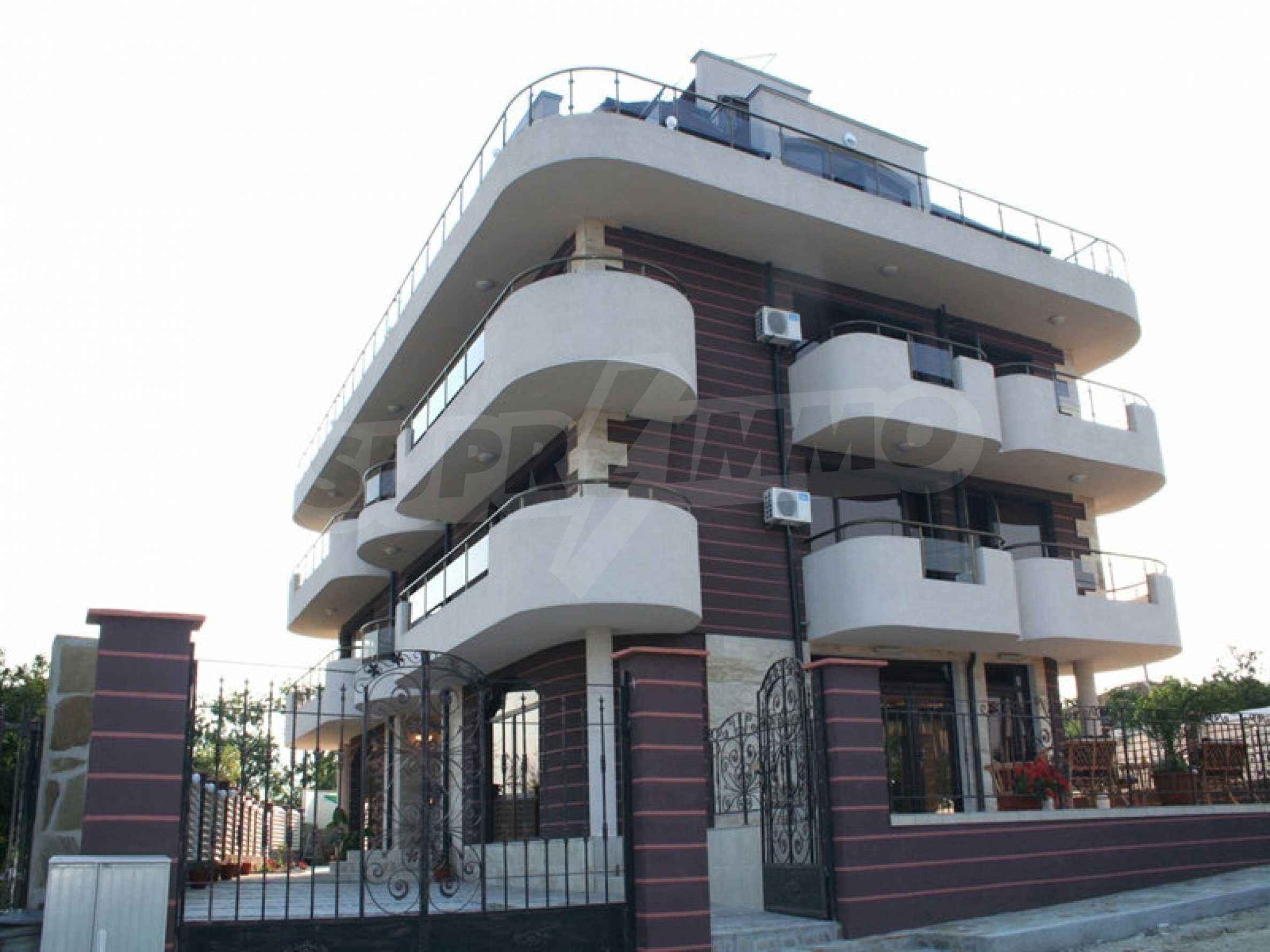 Hotel for sale in Rezovo 3