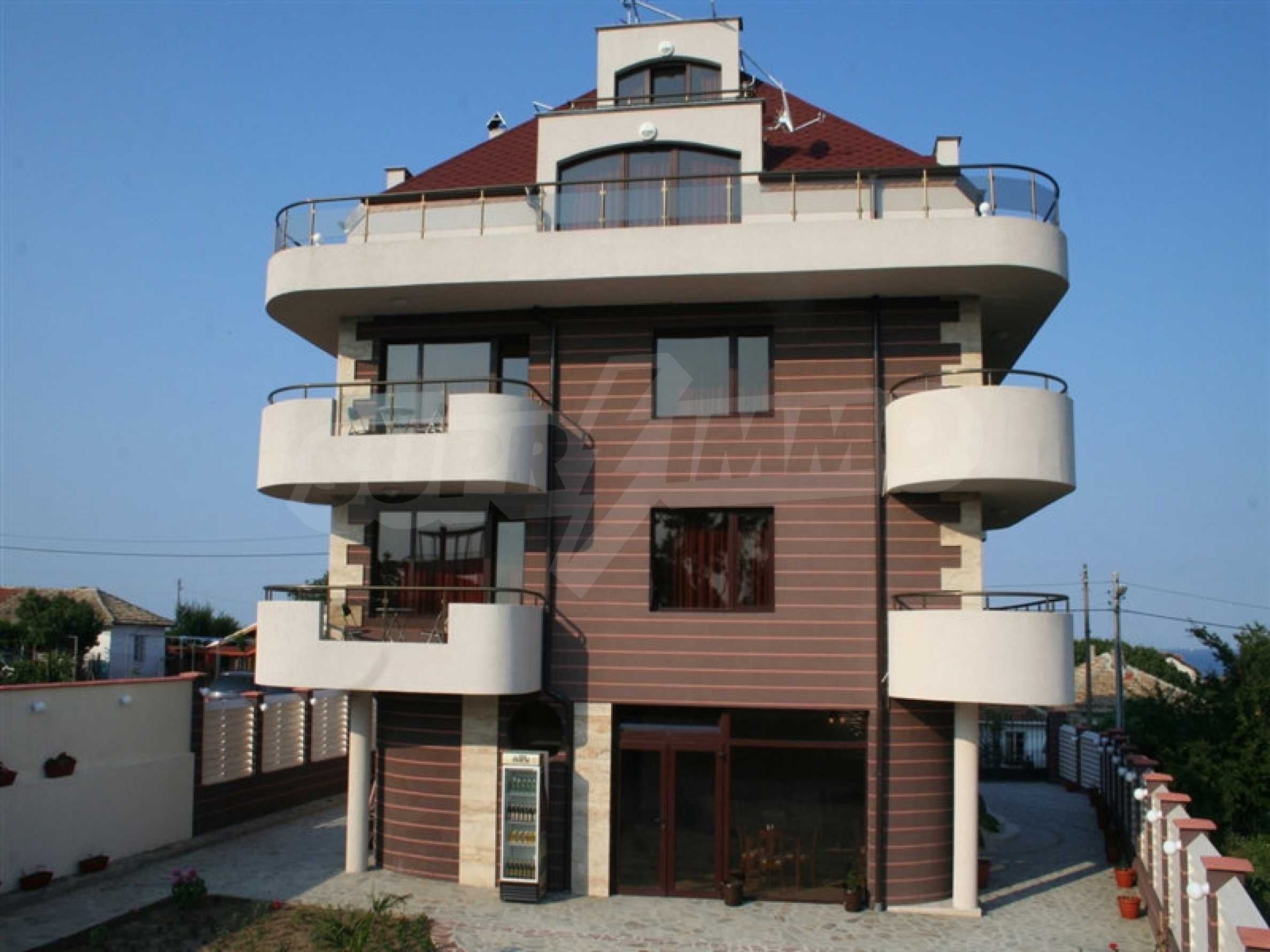 Hotel for sale in Rezovo 7
