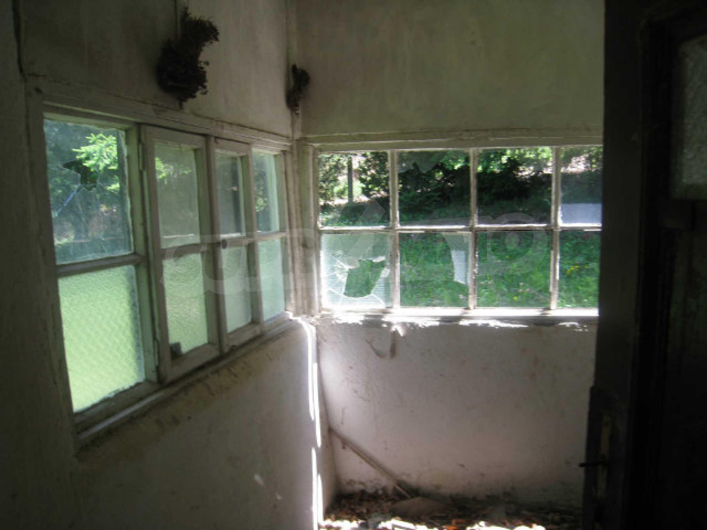 Plot for sale in villa area of Svoge 14