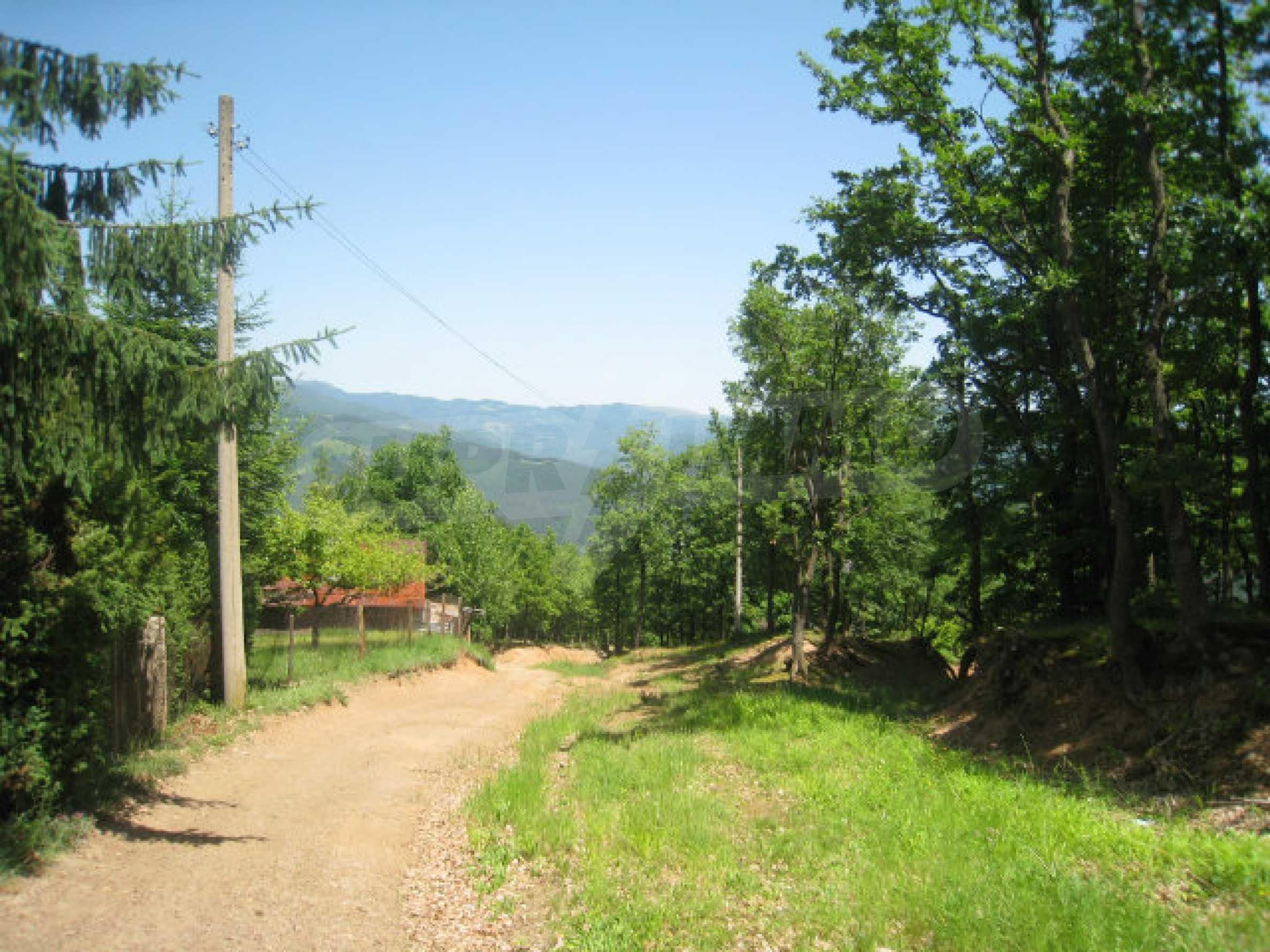 Plot for sale in villa area of Svoge 32
