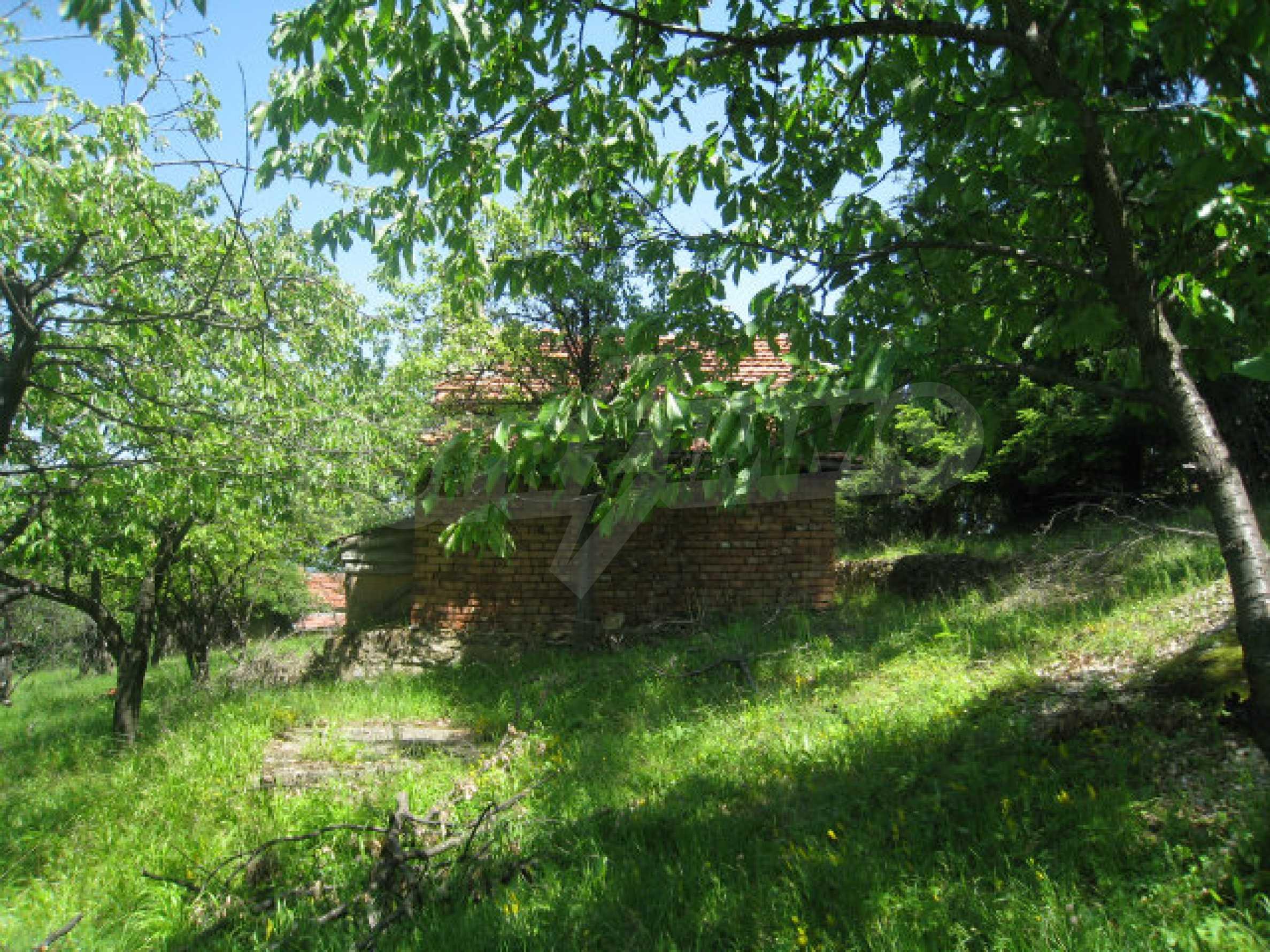 Plot for sale in villa area of Svoge 3