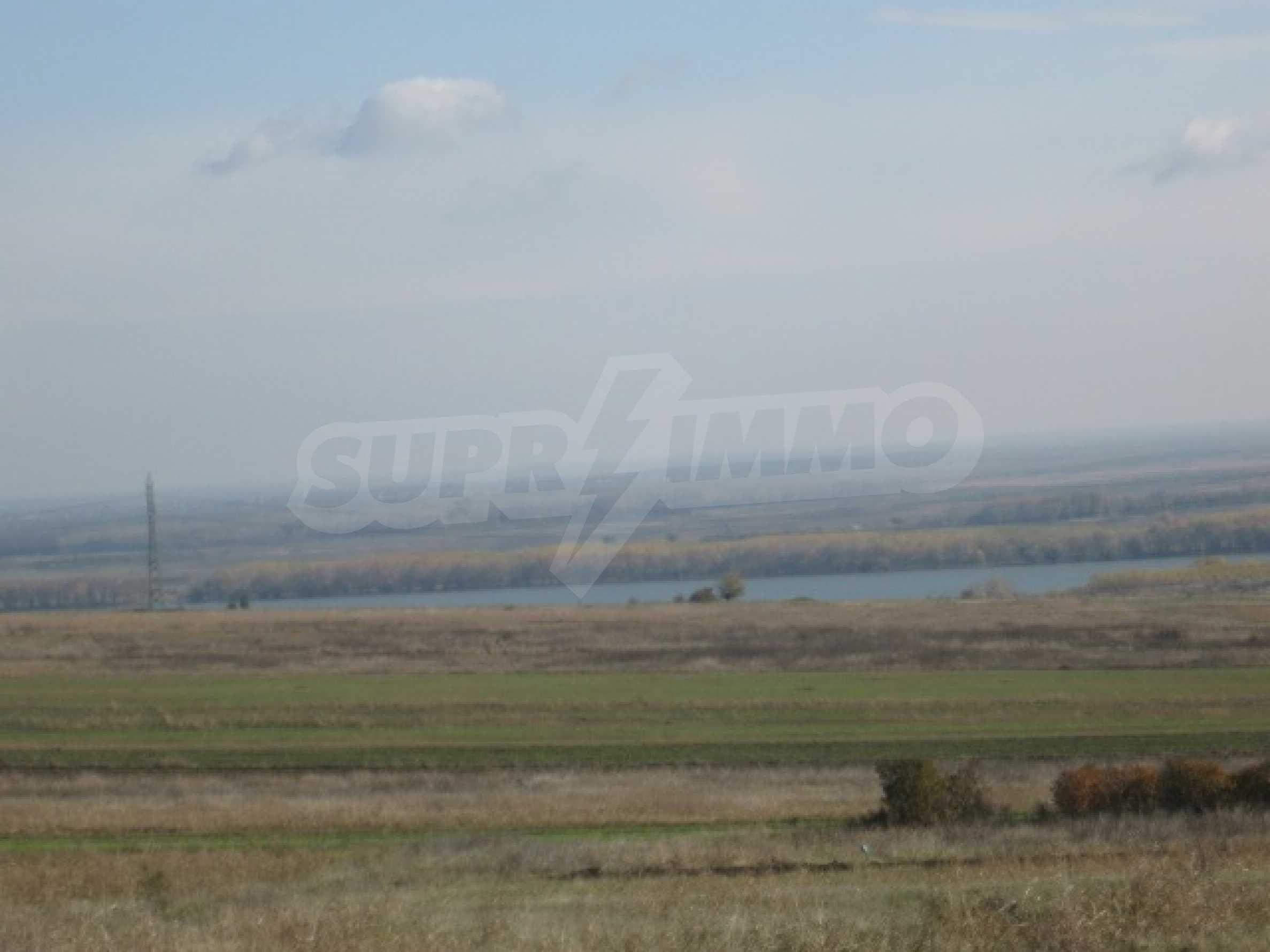 Grundstück zum Verkauf in der Nähe von Vidin