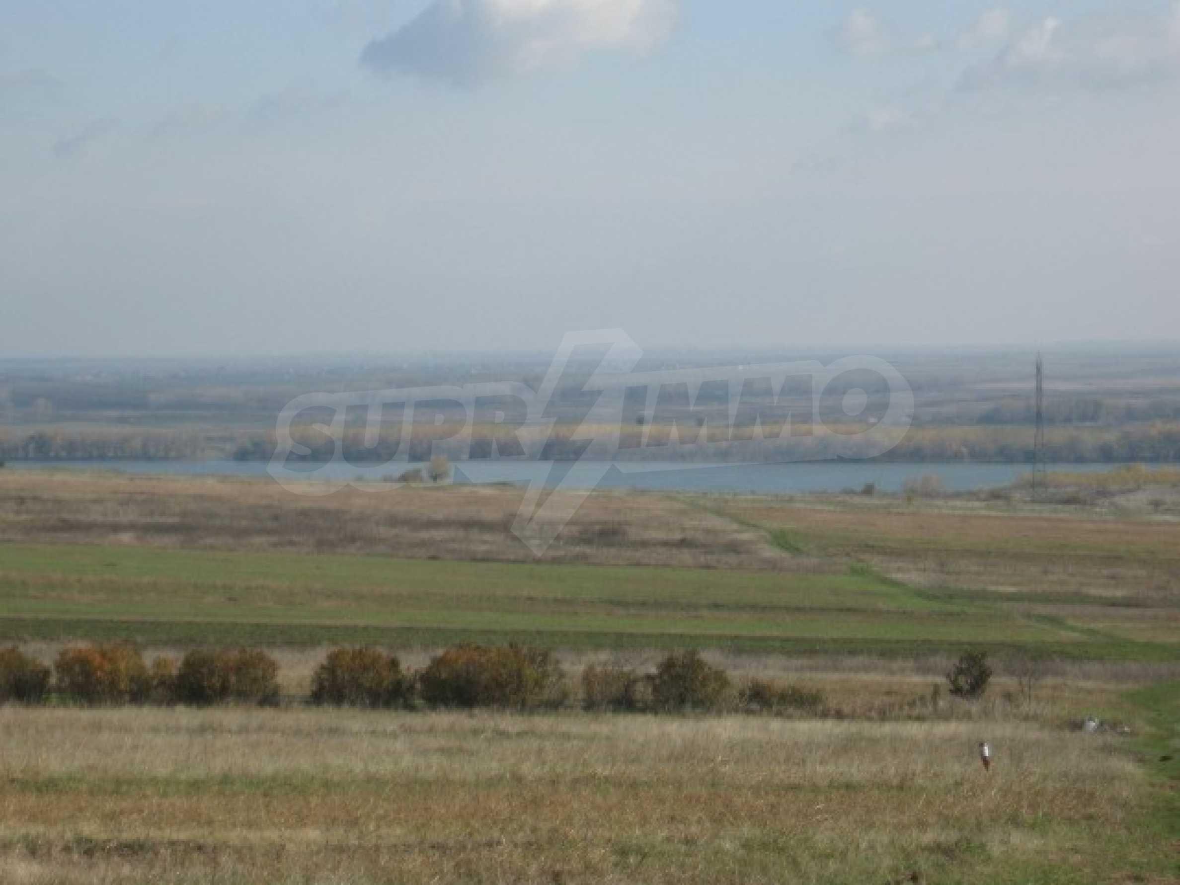 Grundstück zum Verkauf in der Nähe von Vidin 3