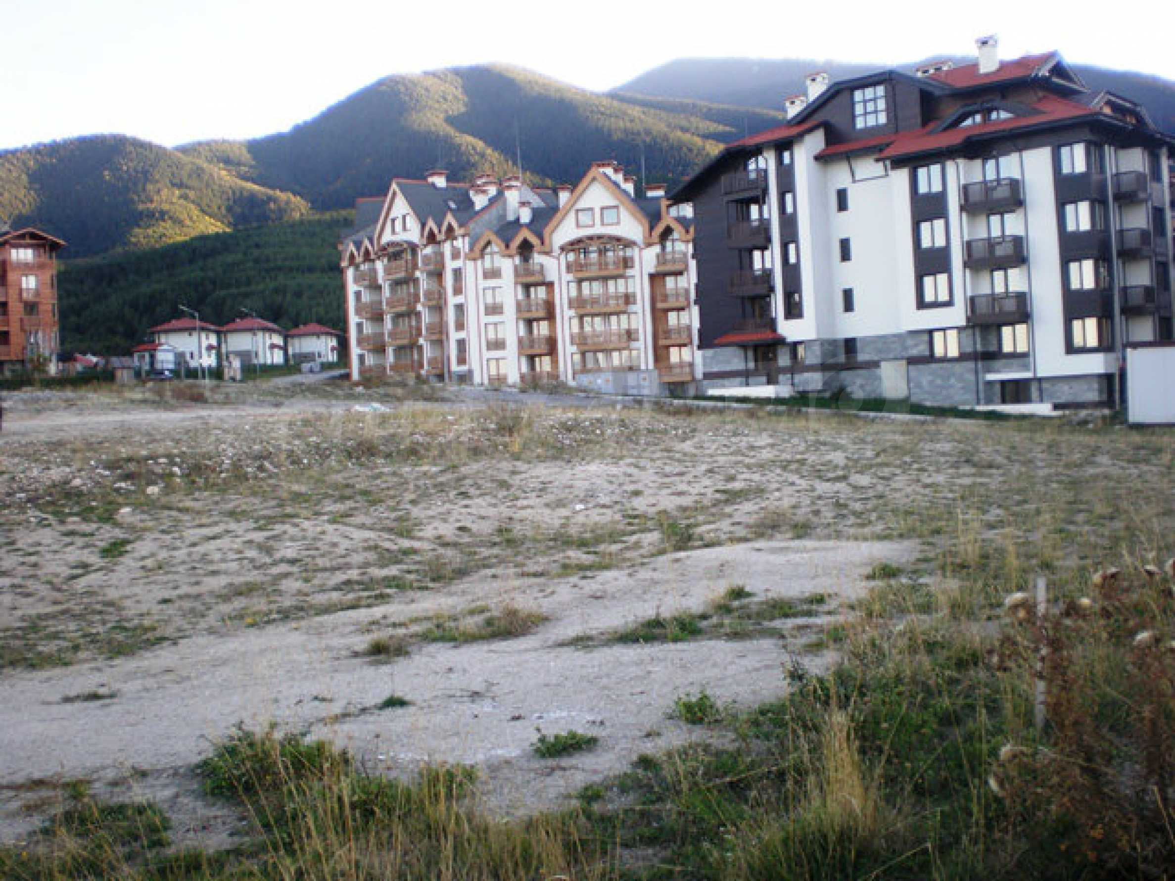 Regulated plot with investment project for construction of apart-hotel in Bansko 17