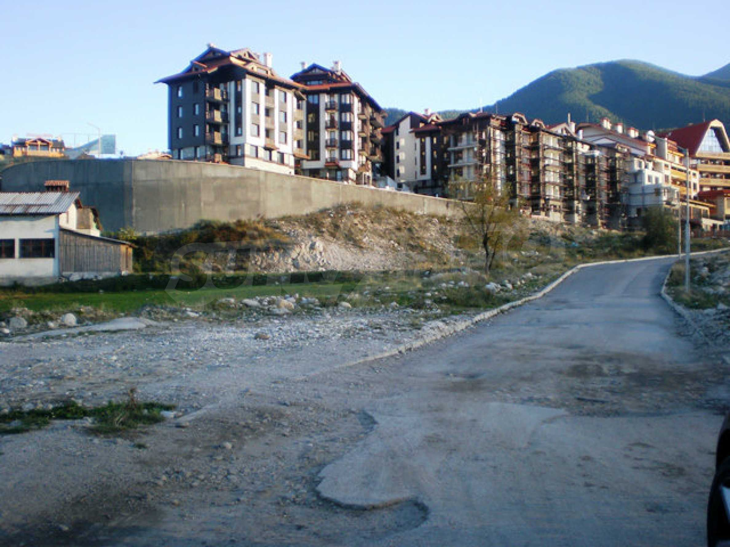 Regulated plot with investment project for construction of apart-hotel in Bansko 6