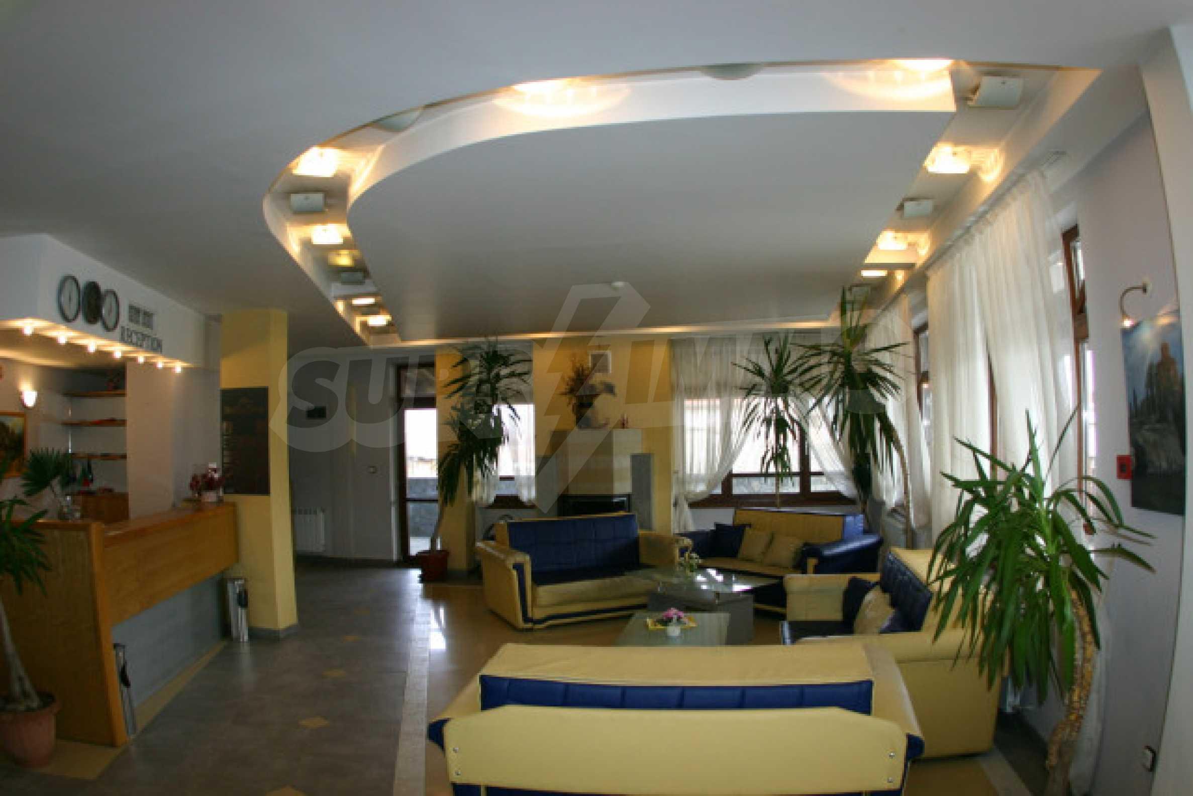 Отель в Банско 5