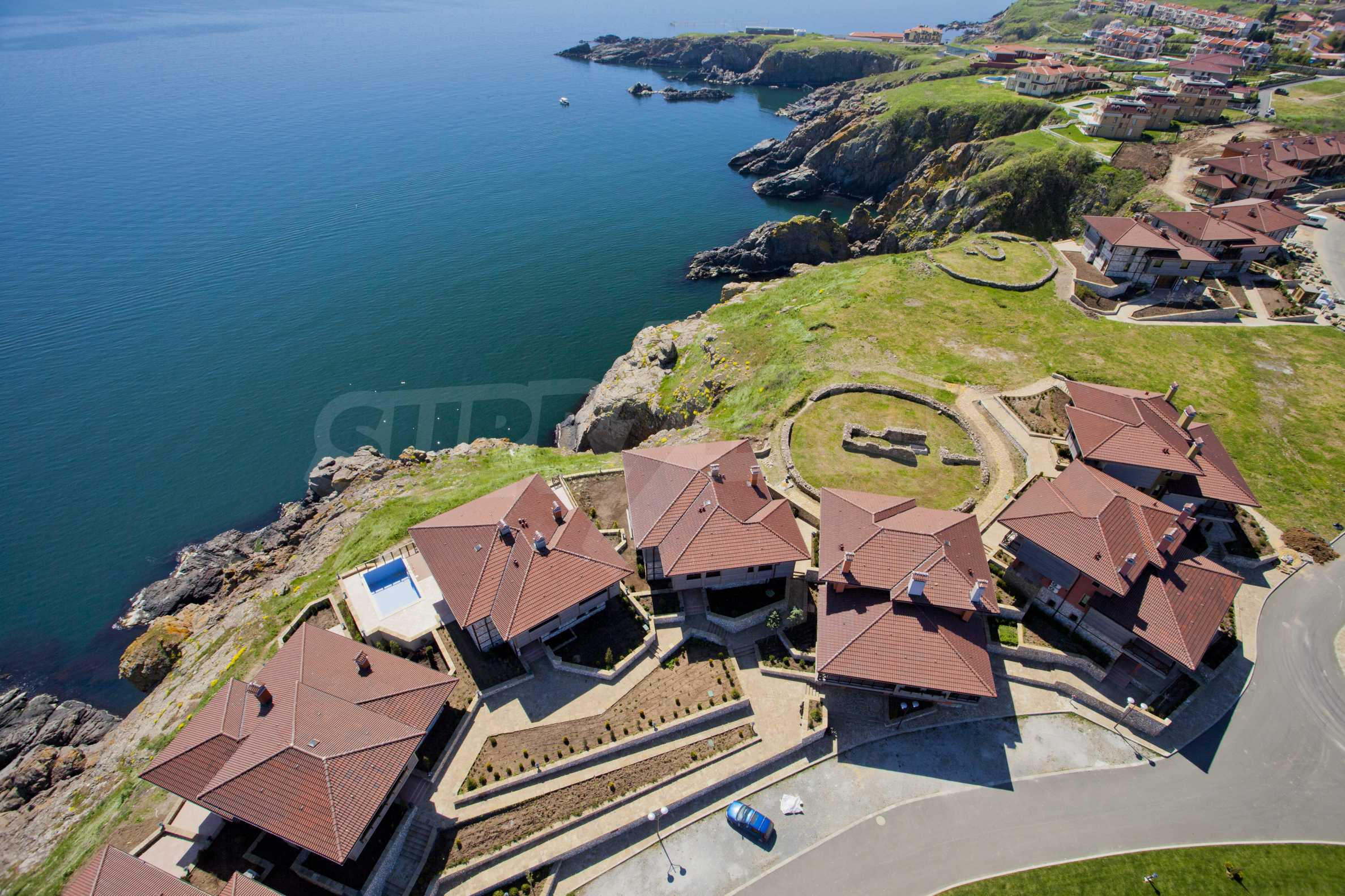 Sozopolis - unique coastal complex of duplex houses and apartments near Sozopol 43