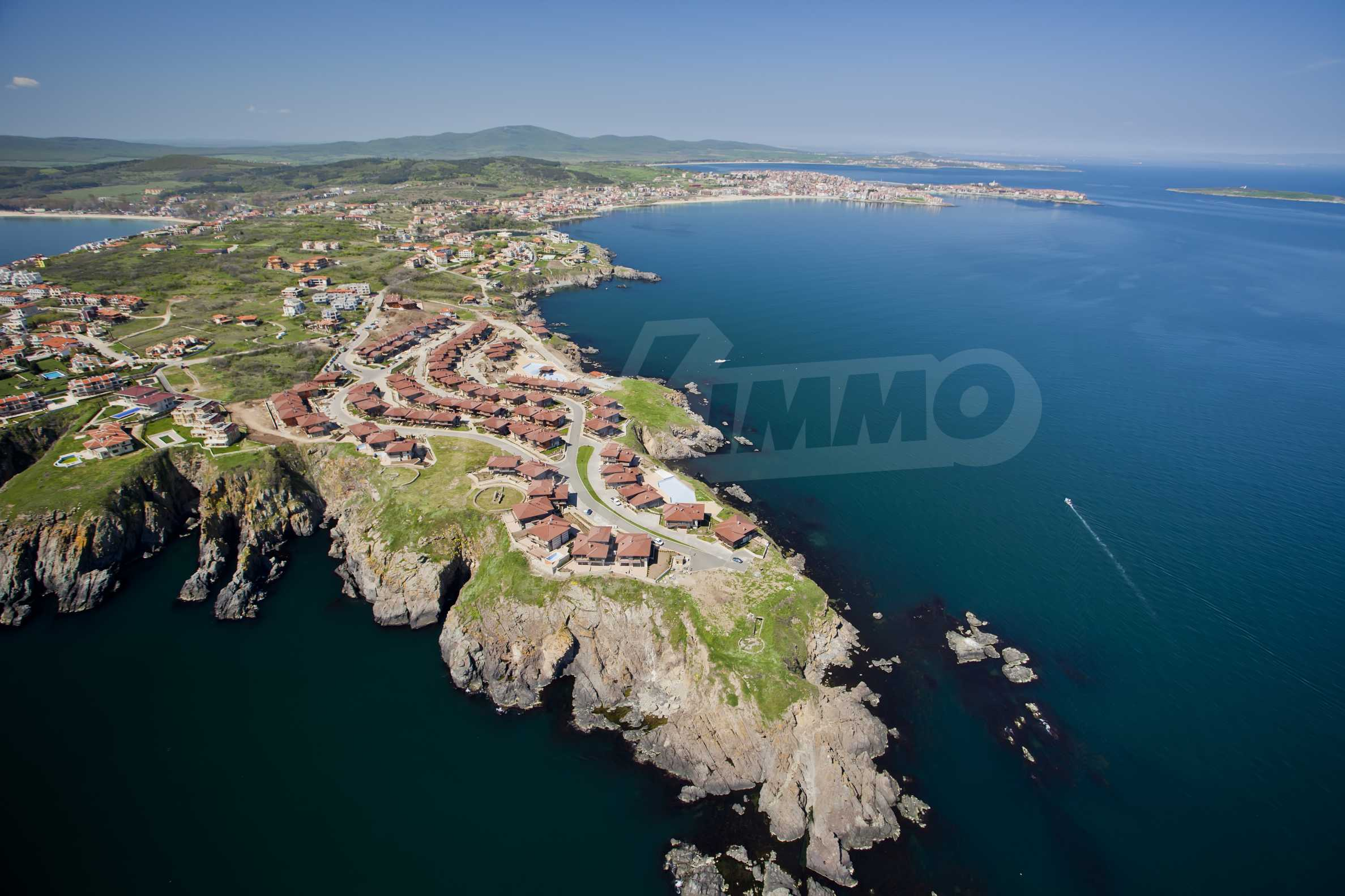 Sozopolis - unique coastal complex of townhouses and apartments near Sozopol
