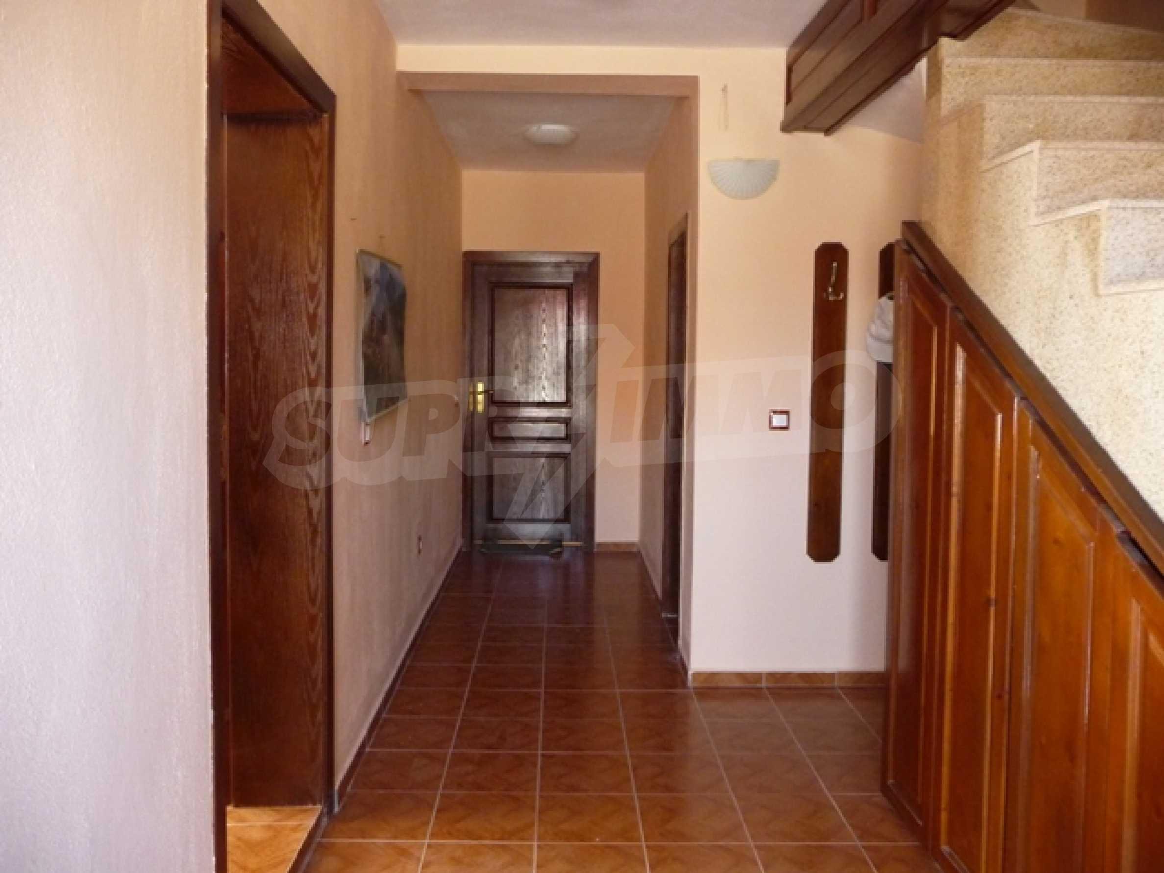 """4-stöckige Villa in der Villa Zone """"Goldfisch"""" 10"""