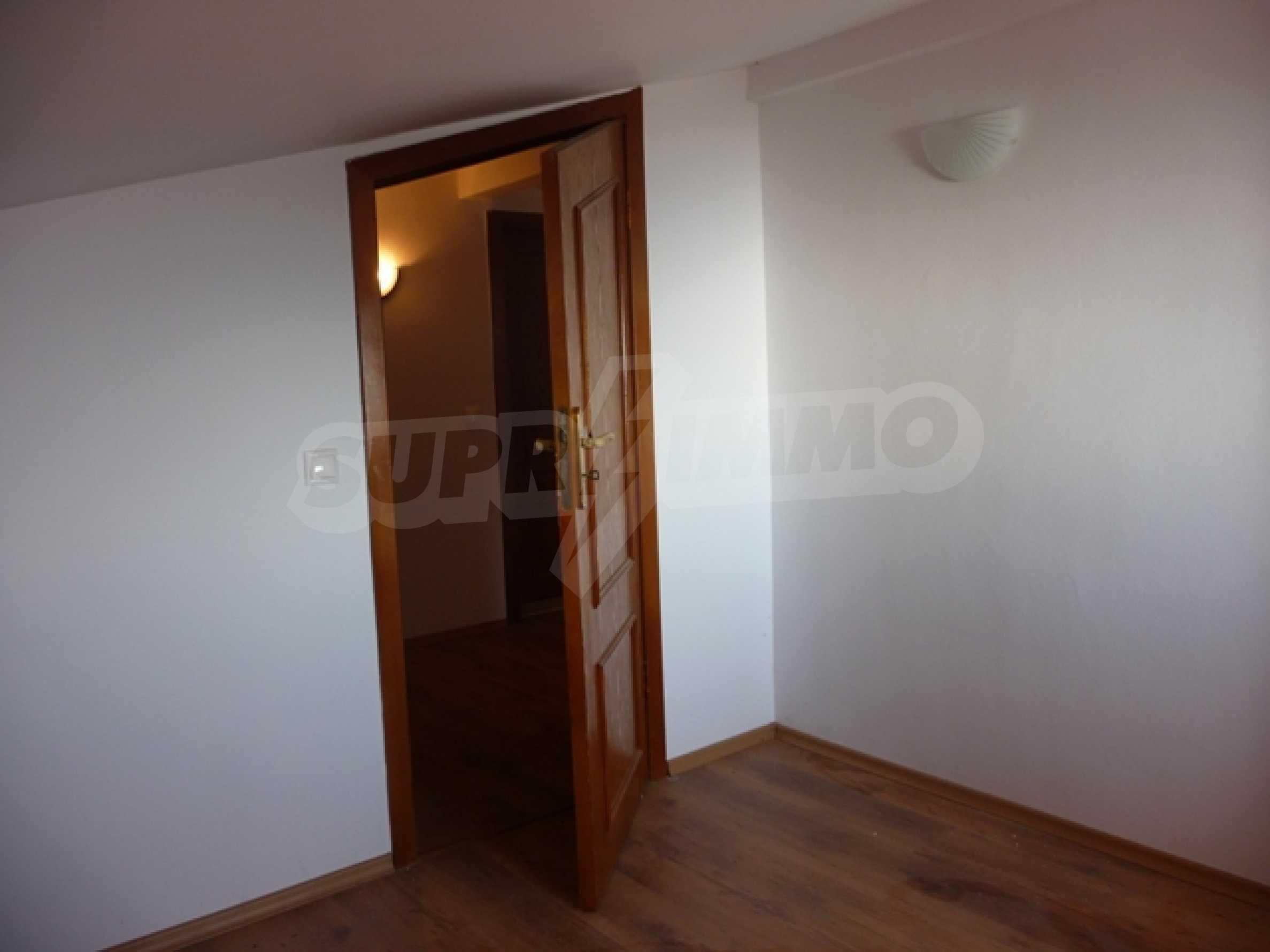 """4-stöckige Villa in der Villa Zone """"Goldfisch"""" 29"""