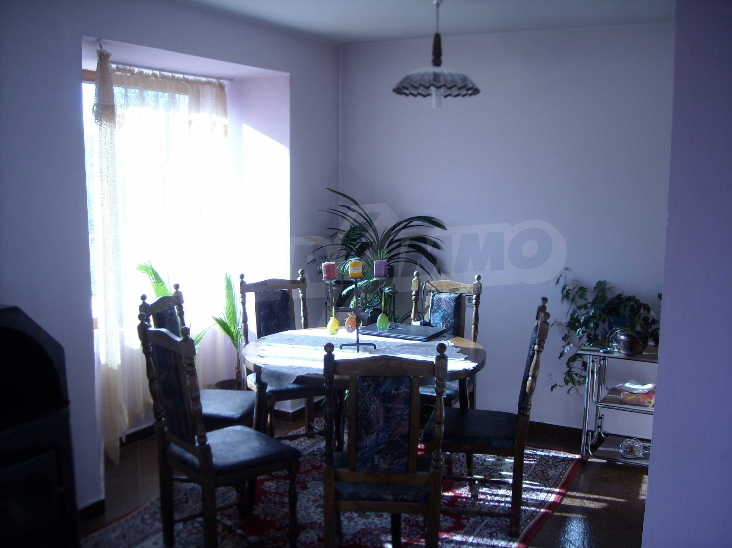 Nice big house in a village very close to the town of Dobrich 16