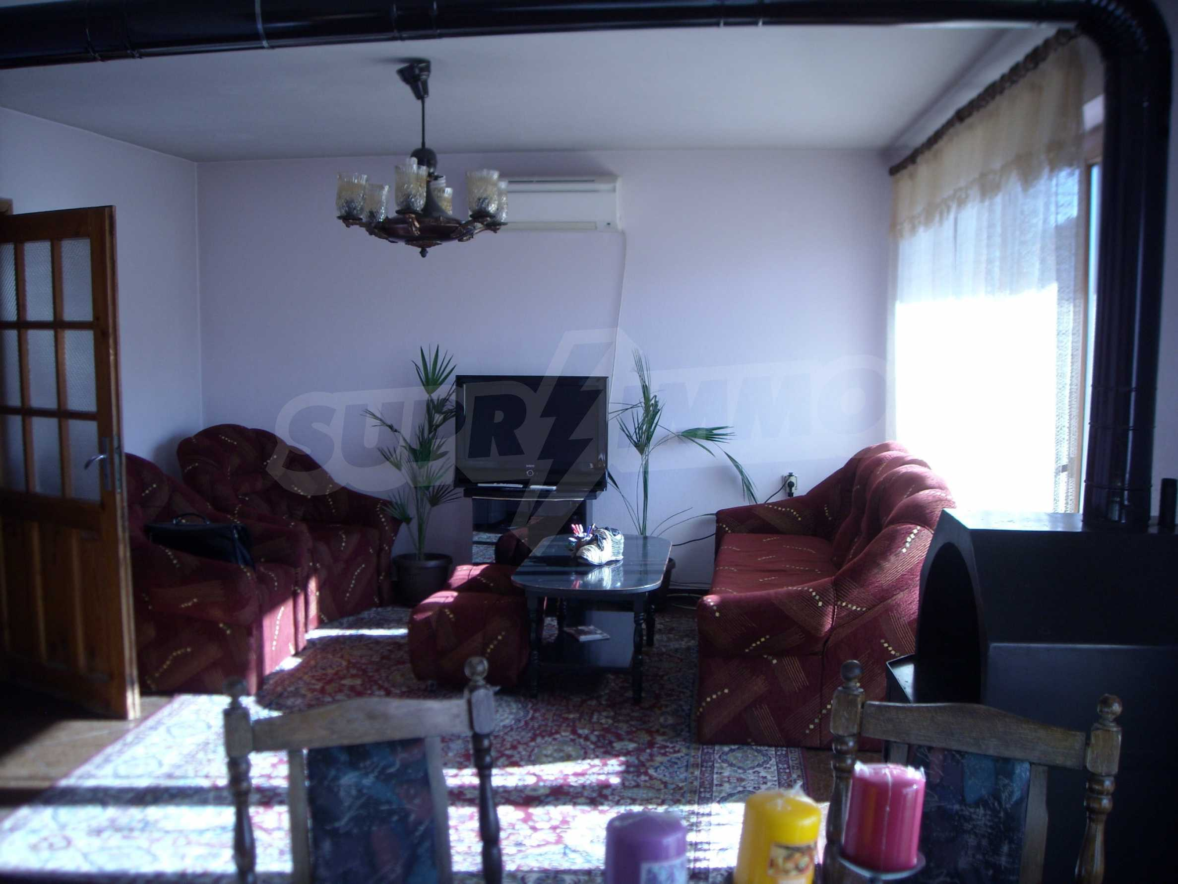 Nice big house in a village very close to the town of Dobrich 19