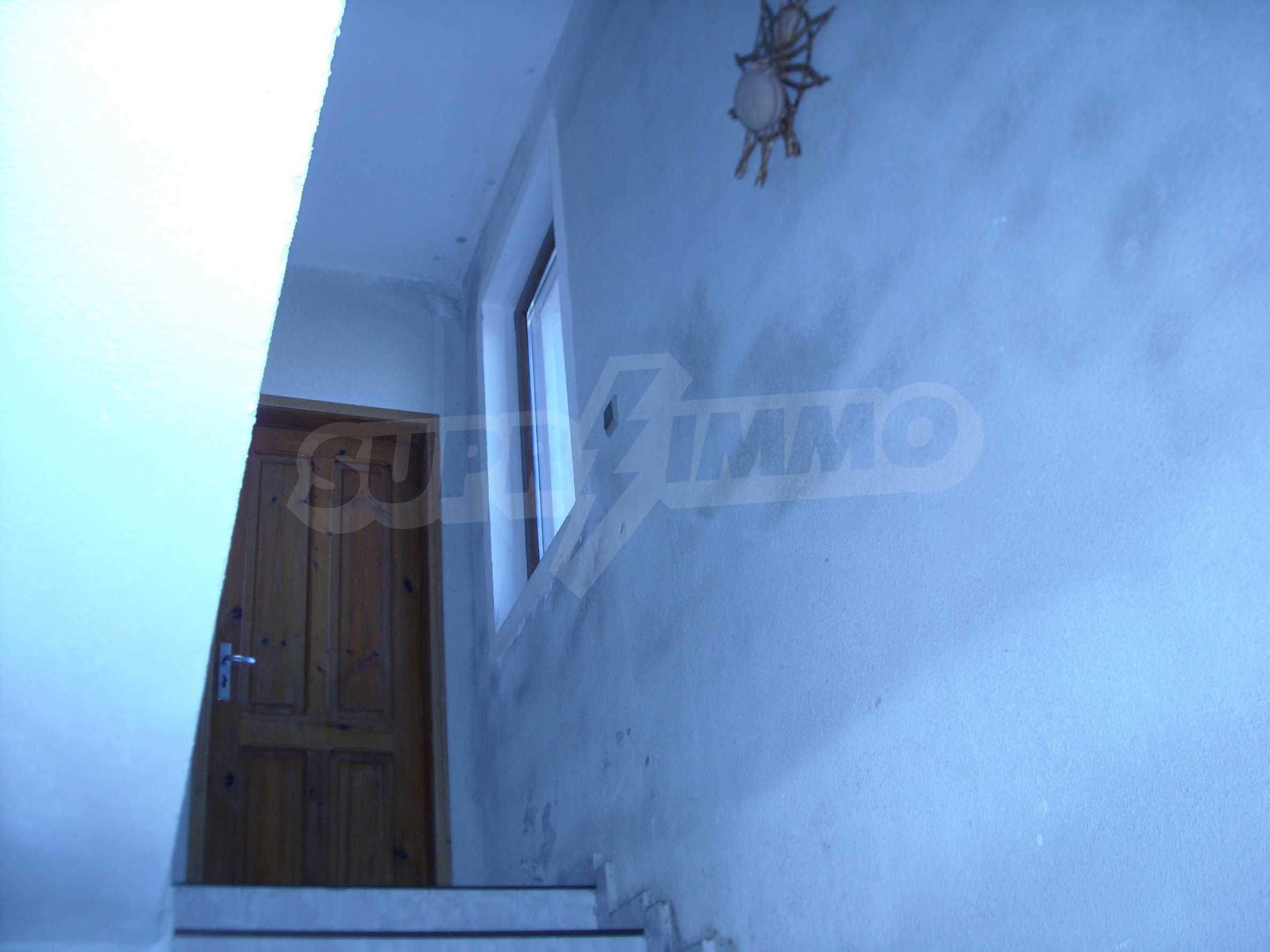 Nice big house in a village very close to the town of Dobrich 22
