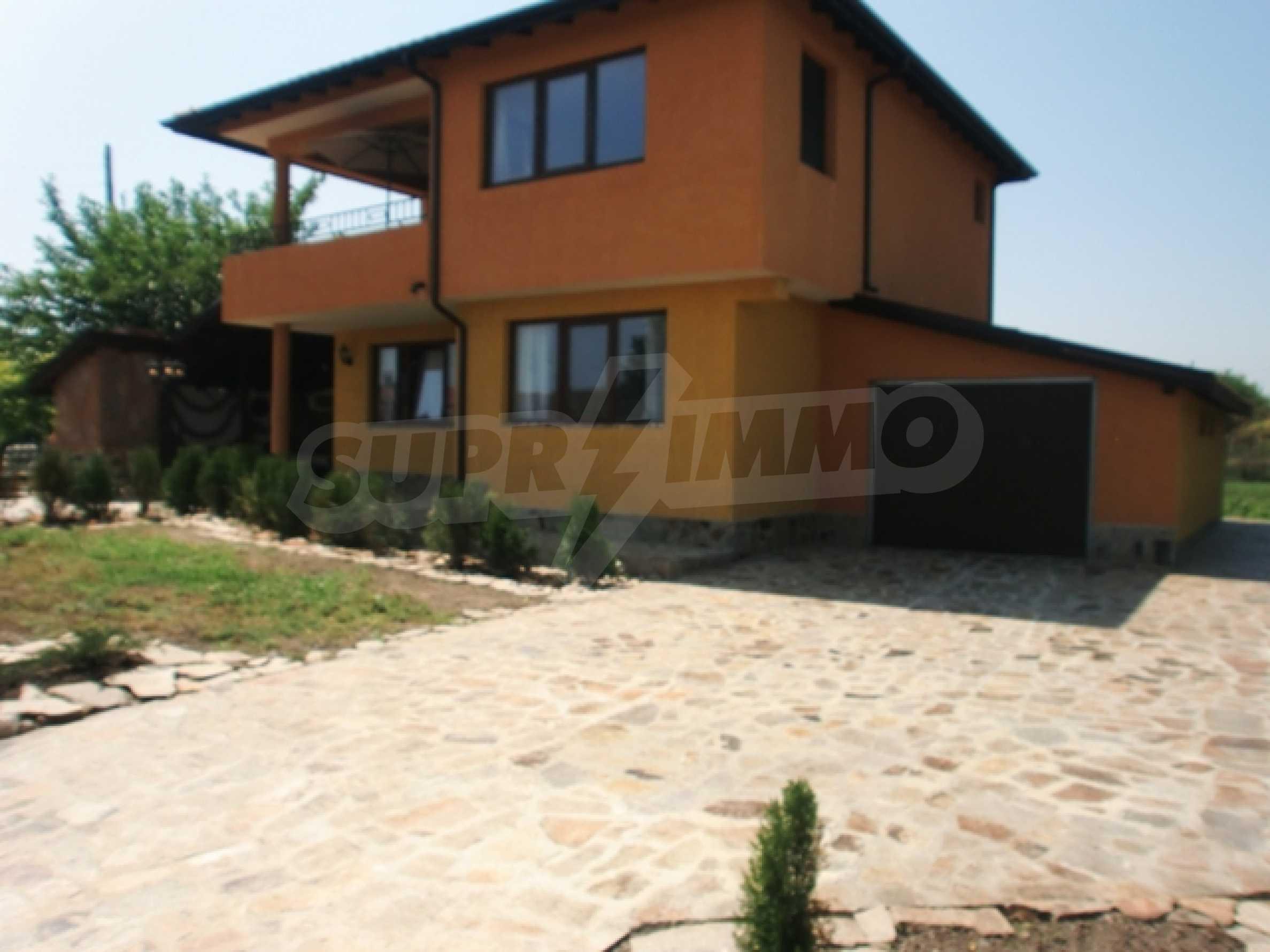 Haus im Dorf Tyulenovo