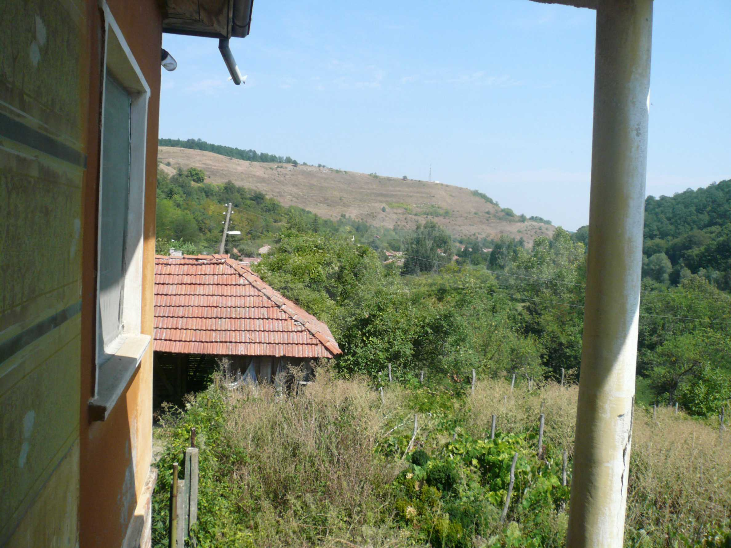 Solid house with garden and parking lot 23 km from Vidin 13