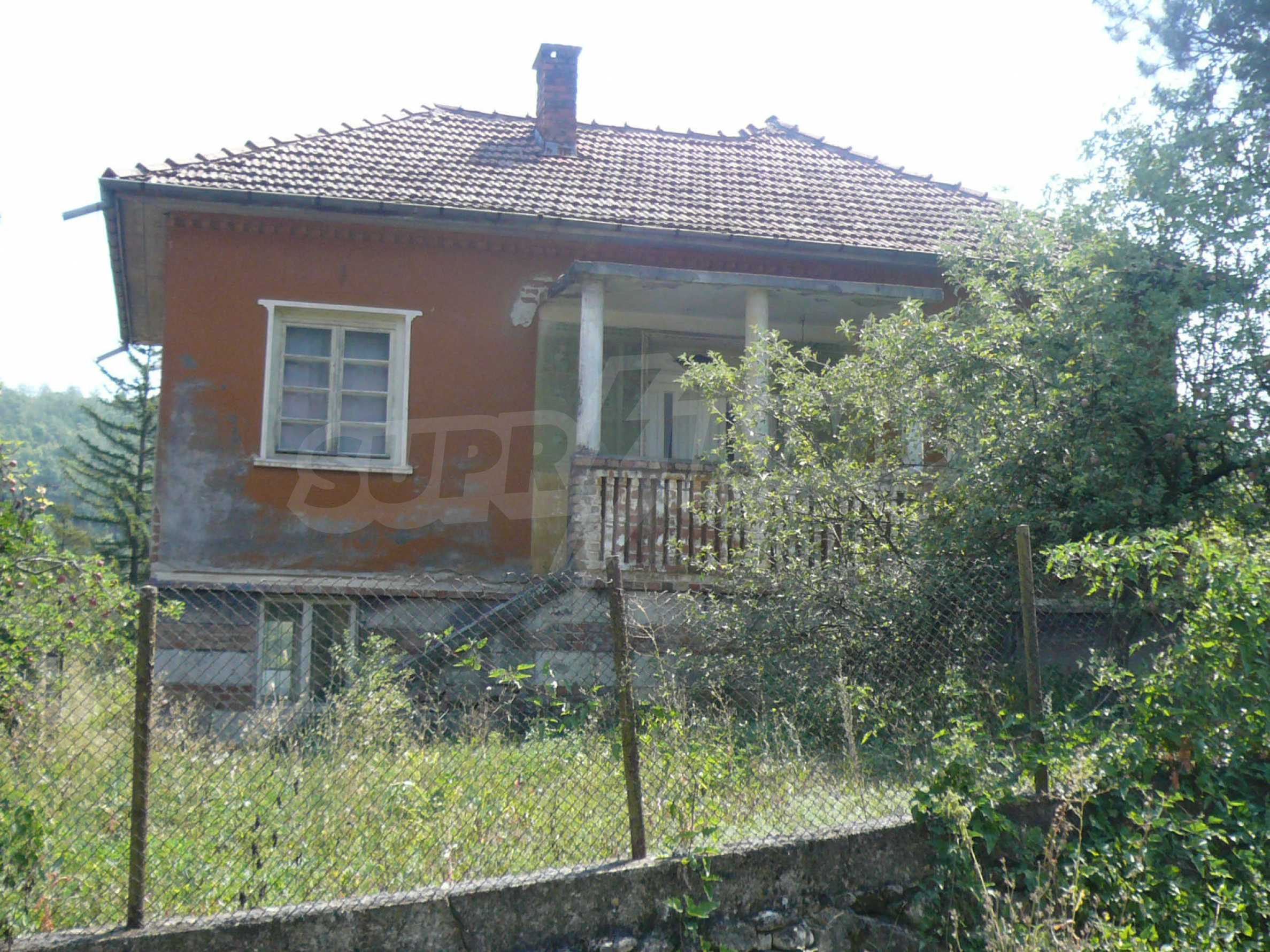 Solid house with garden and parking lot 23 km from Vidin 2
