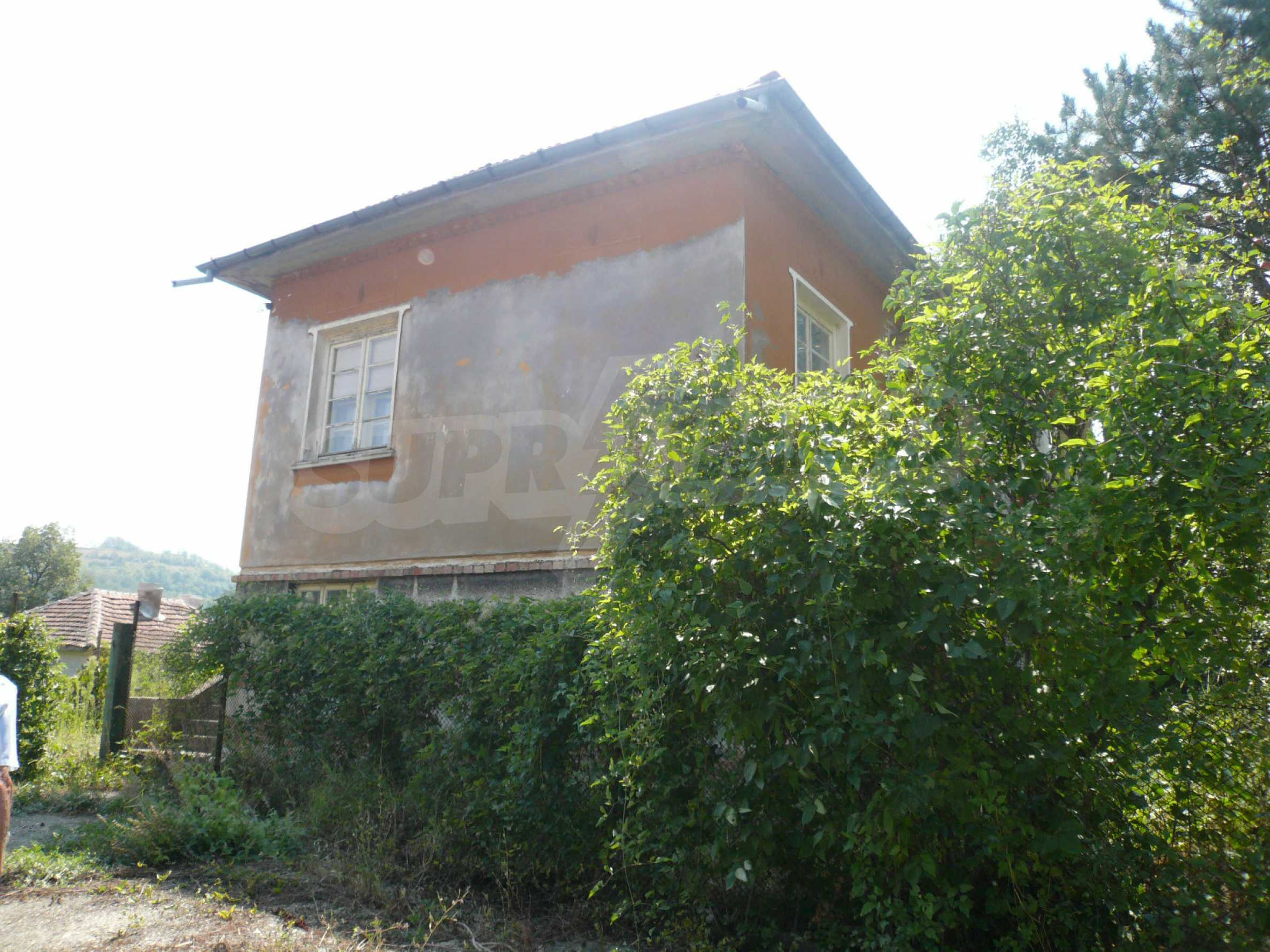 Solid house with garden and parking lot 23 km from Vidin 3
