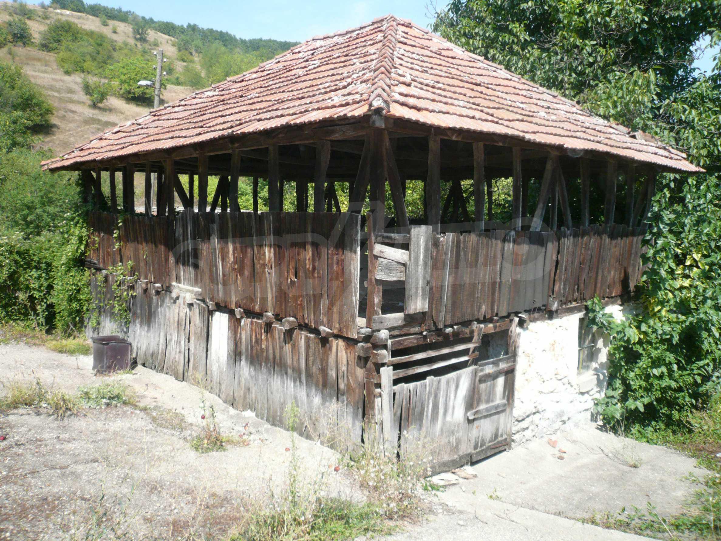 Ein solides zweistöckiges Haus mit Garten und Parkplatz 23 km von Vidin entfernt 5