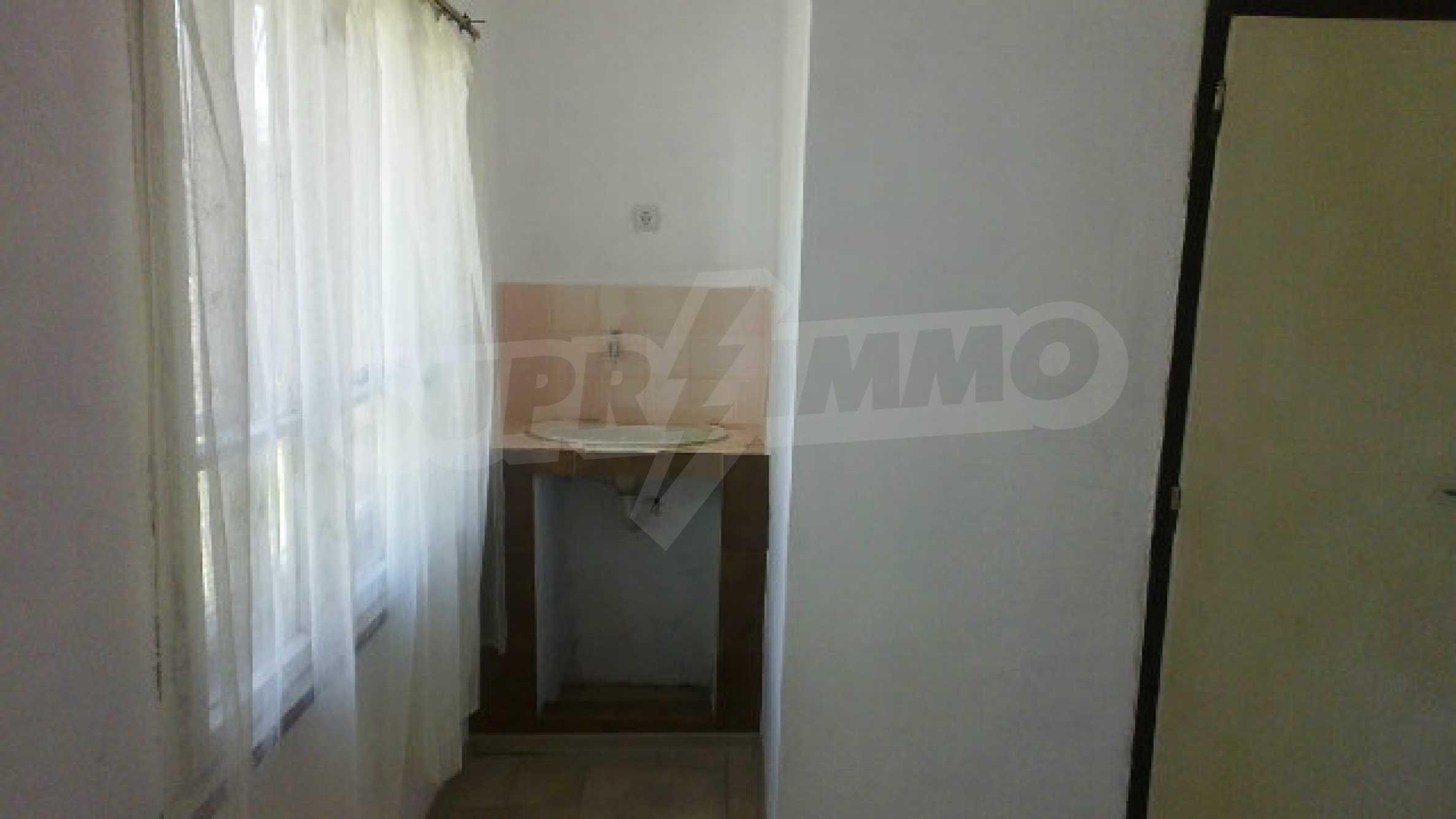 Massives einstöckiges Haus mit Küche in einem kleinen Dorf 40 km von Vidin entfernt 10