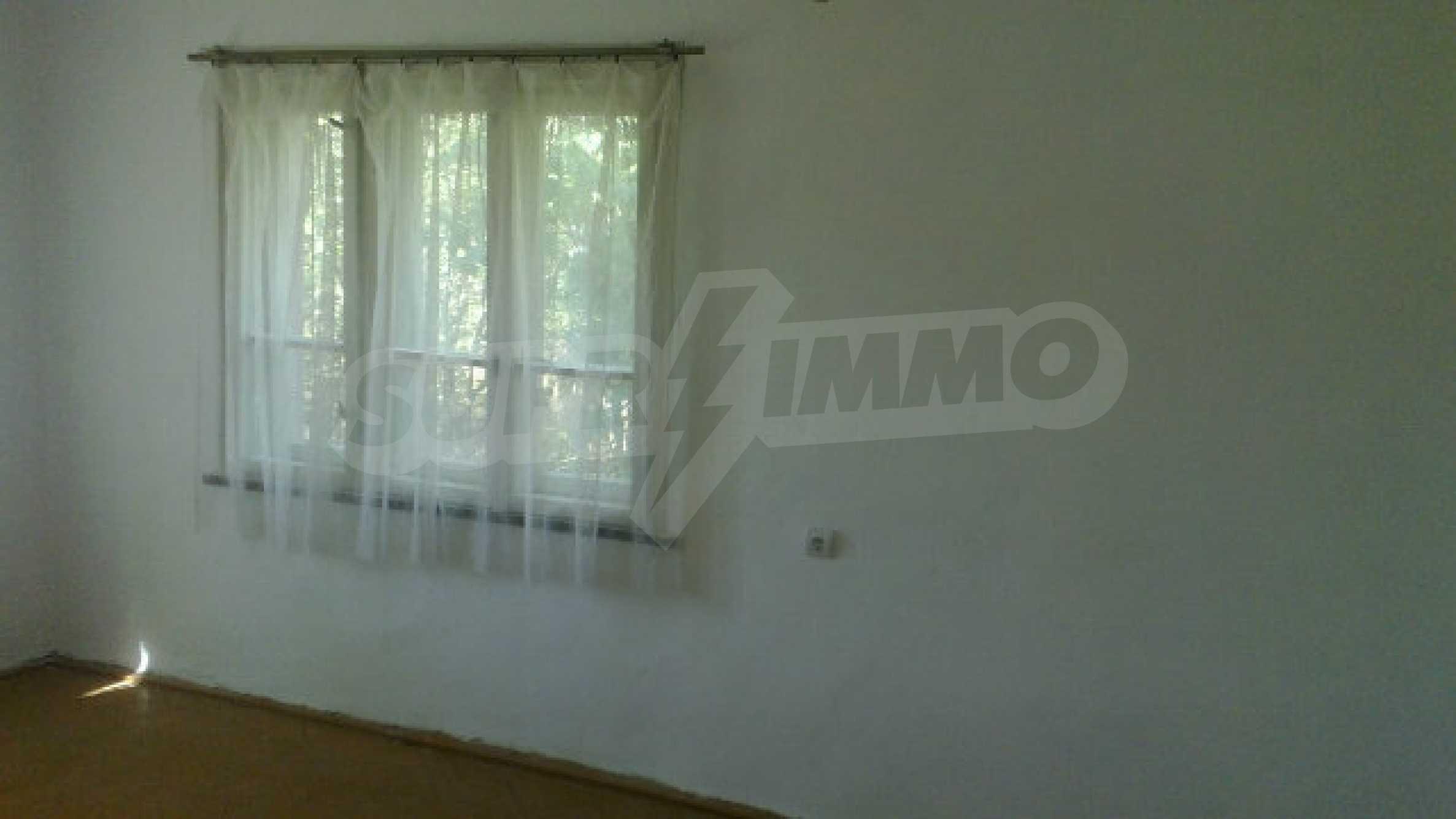 Massives einstöckiges Haus mit Küche in einem kleinen Dorf 40 km von Vidin entfernt 15