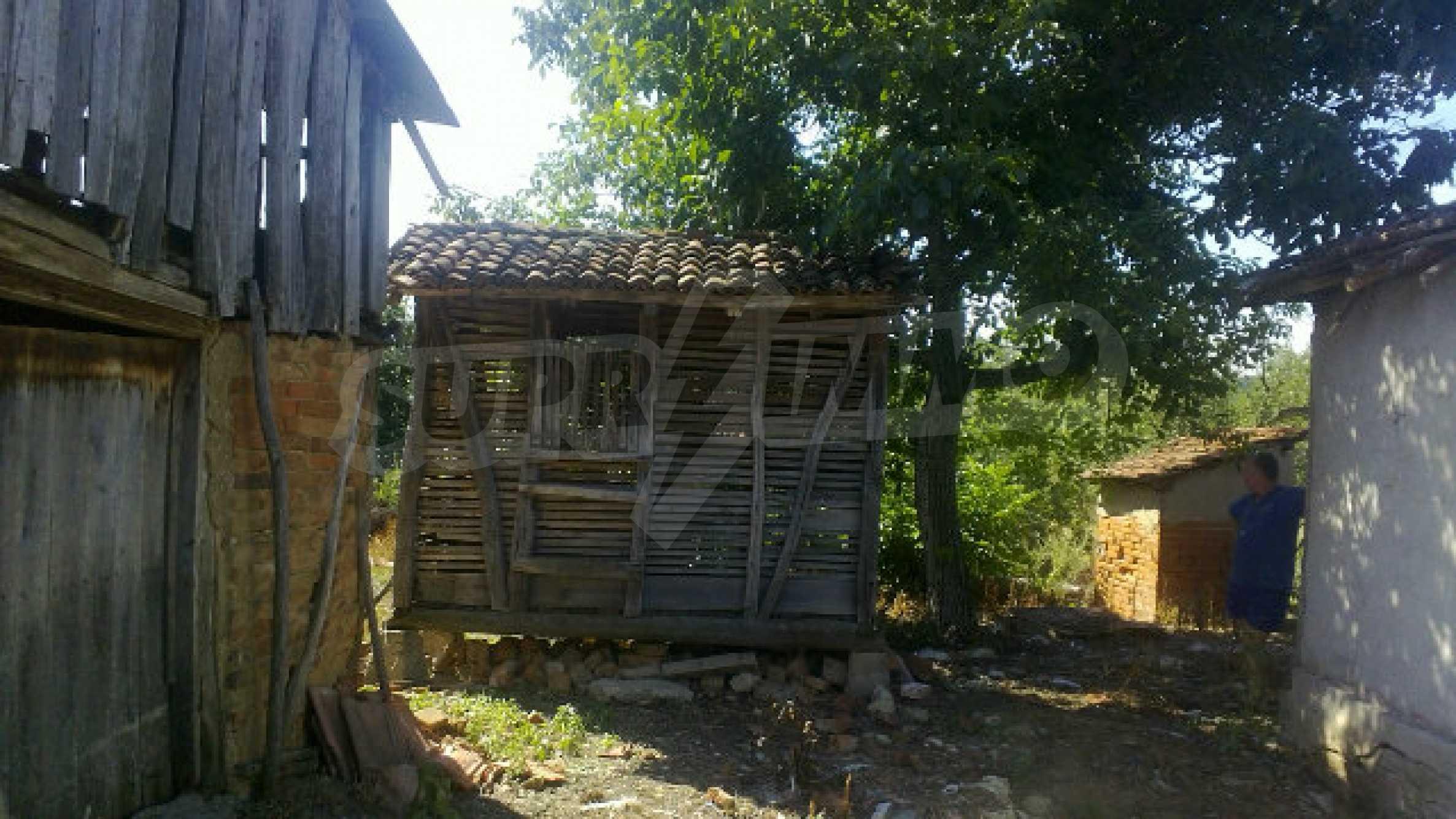 Massives einstöckiges Haus mit Küche in einem kleinen Dorf 40 km von Vidin entfernt 31