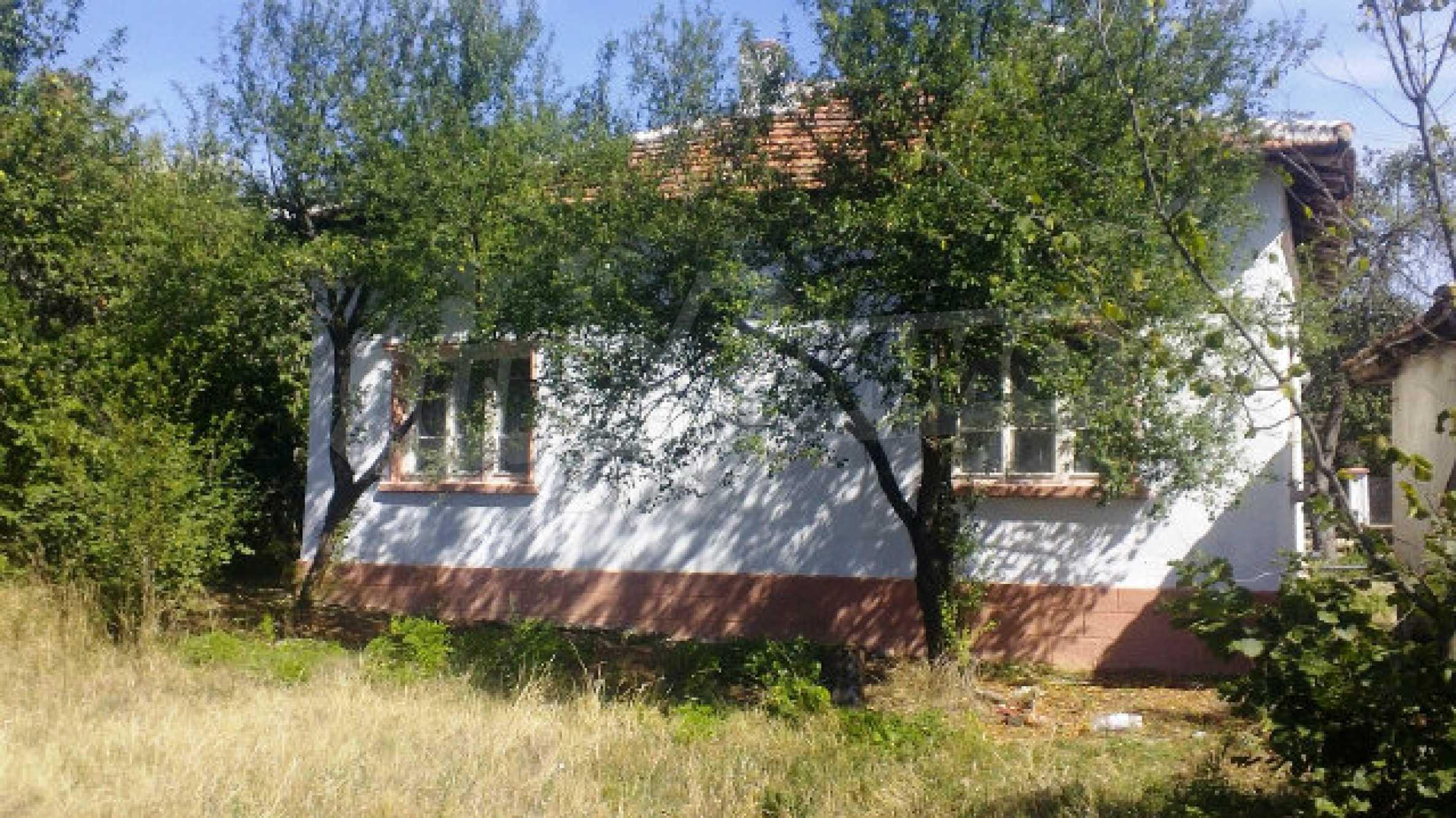 Massives einstöckiges Haus mit Küche in einem kleinen Dorf 40 km von Vidin entfernt 3