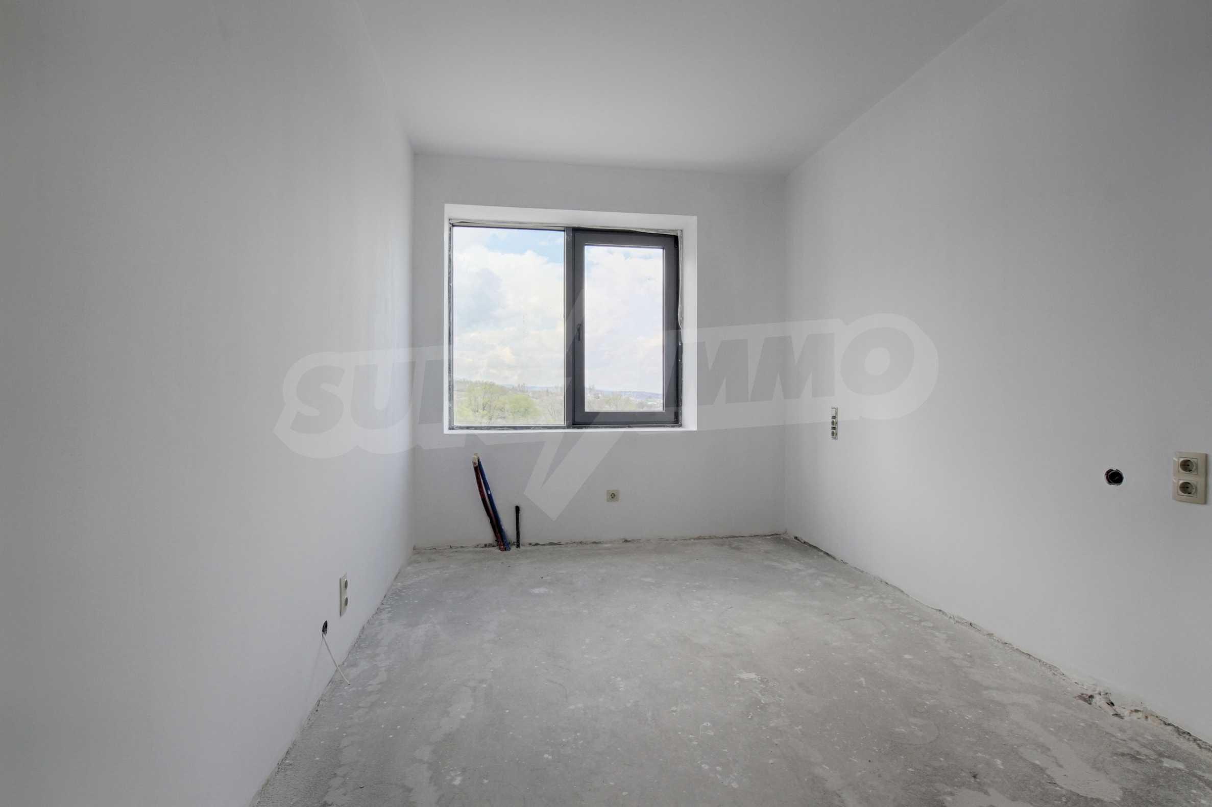 Многостаен апартамент в нова сграда на Околовръстен път 7
