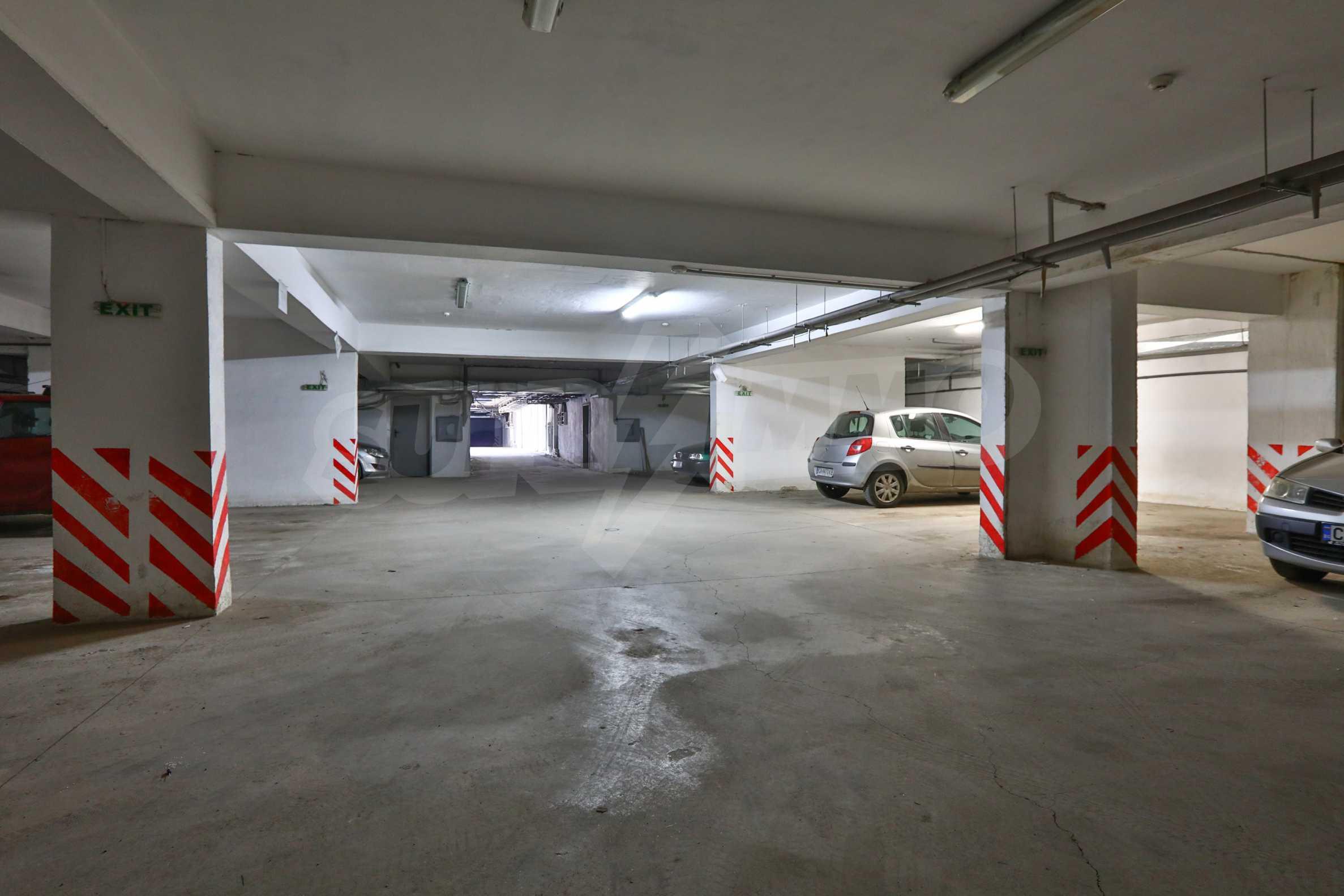 Площи тип open space в офис зоната на бул. Цариградско шосе 40
