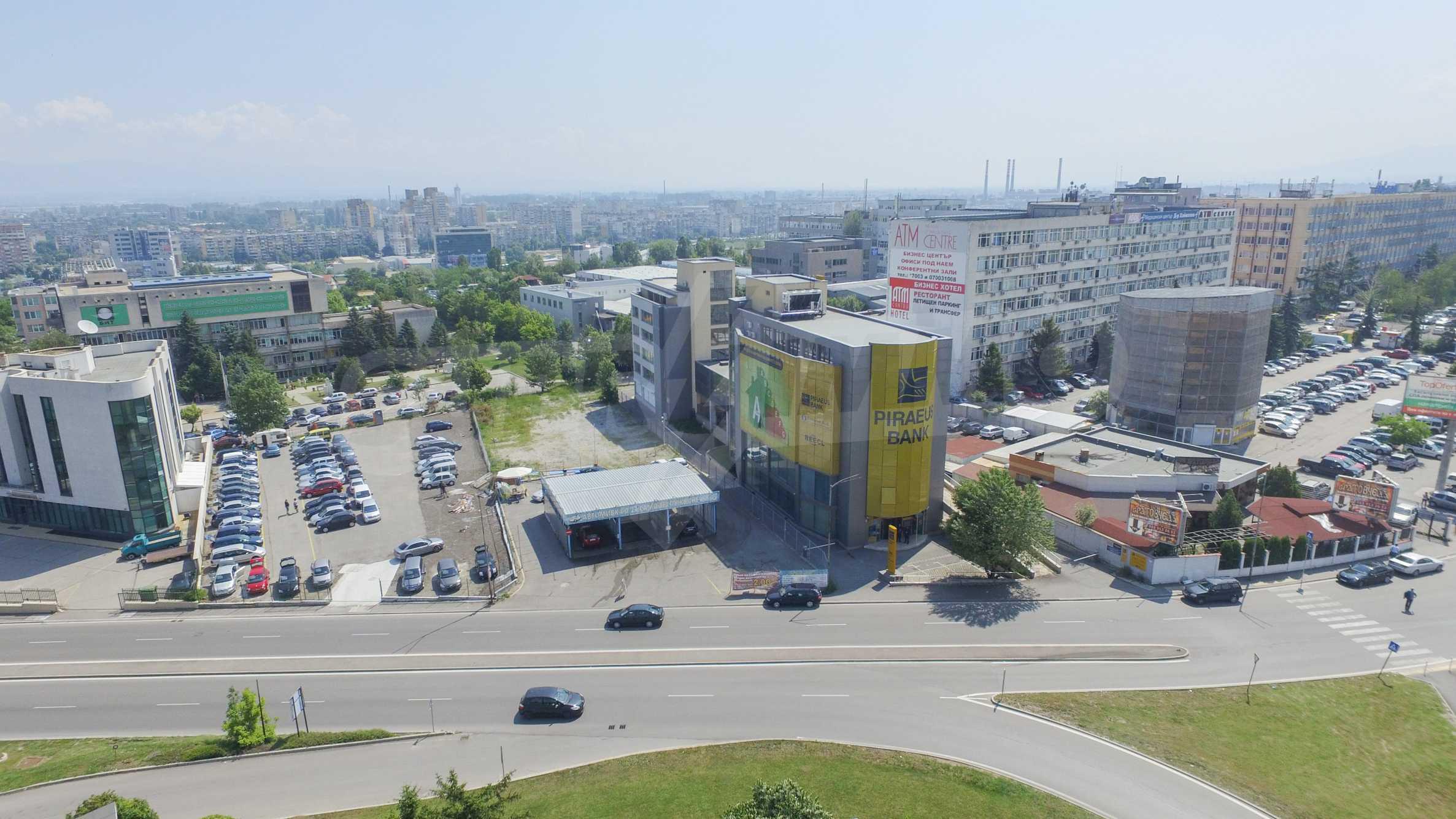 Площи тип open space в офис зоната на бул. Цариградско шосе 42