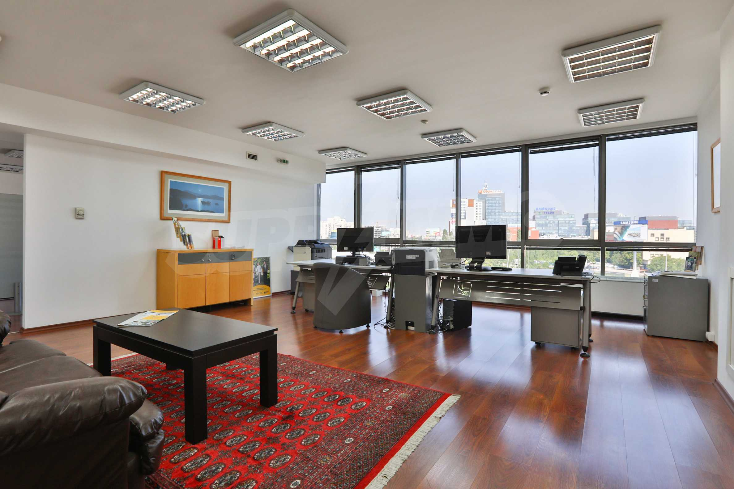 Офис в бизнес сграда висок клас на бул. Цариградско шосе 30