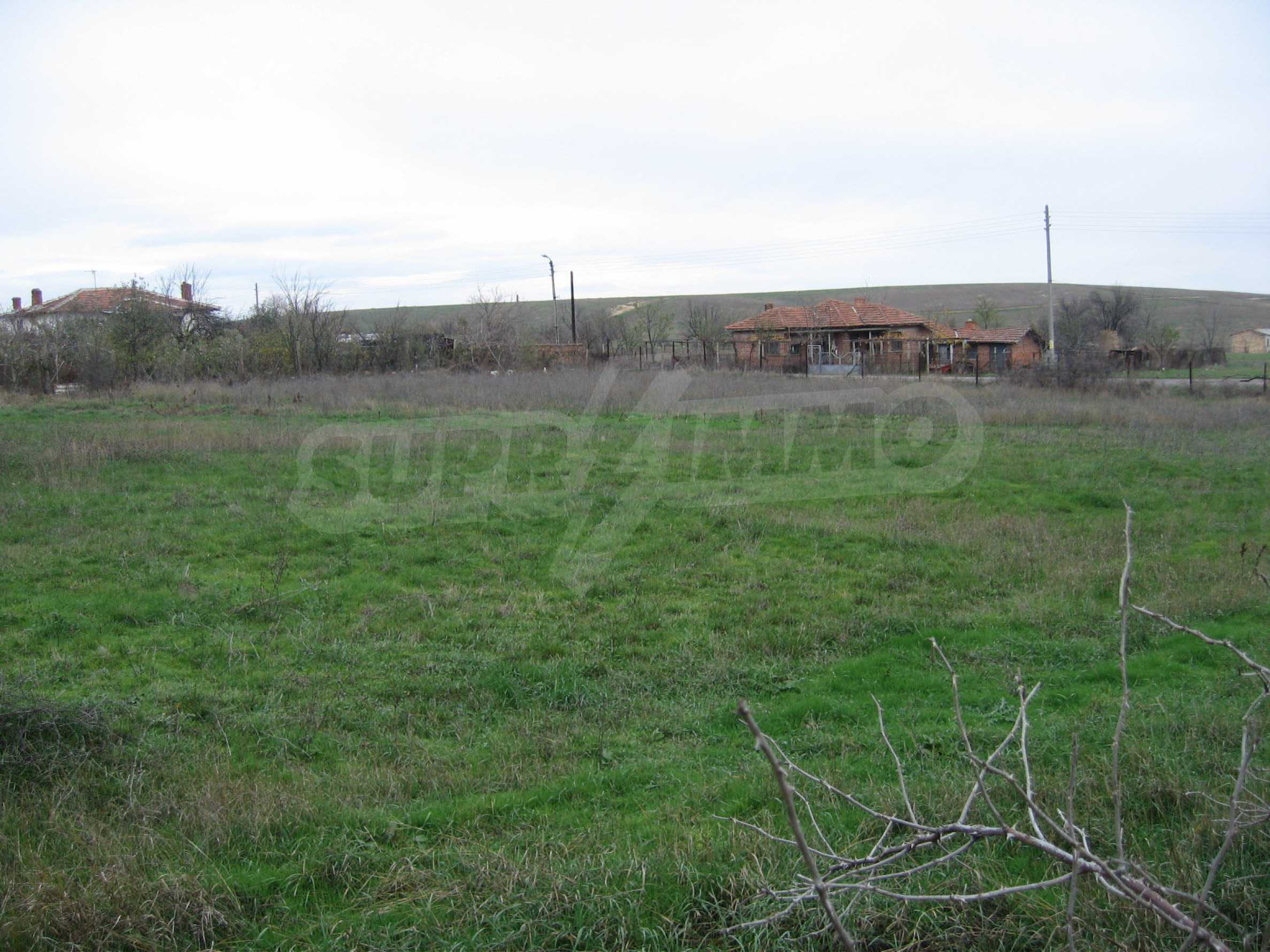 Regulated plot of land for private house 30 km from Yambol 6