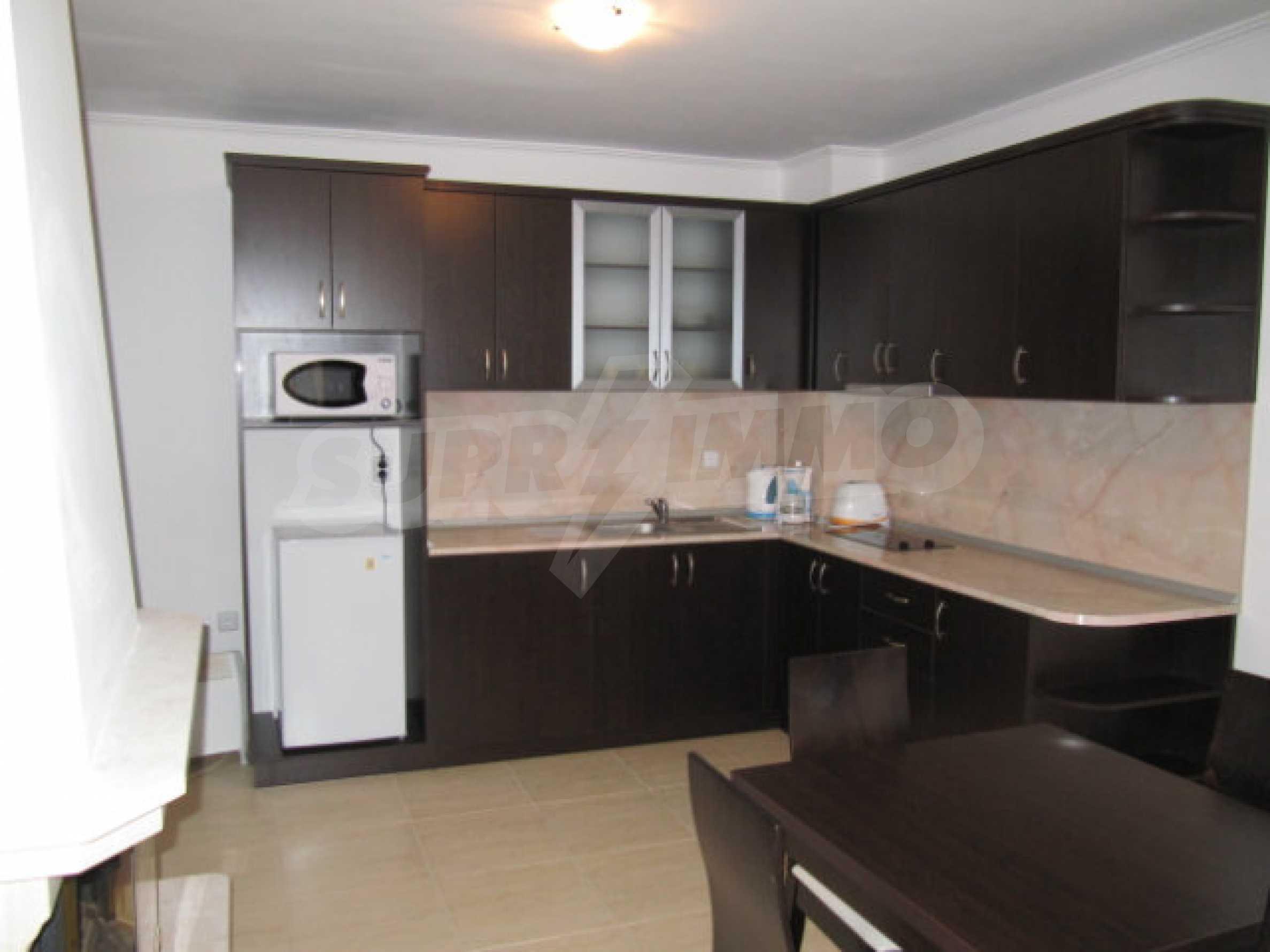 Двухкомнатная квартира в комплексе «Гранд Монастери» 3
