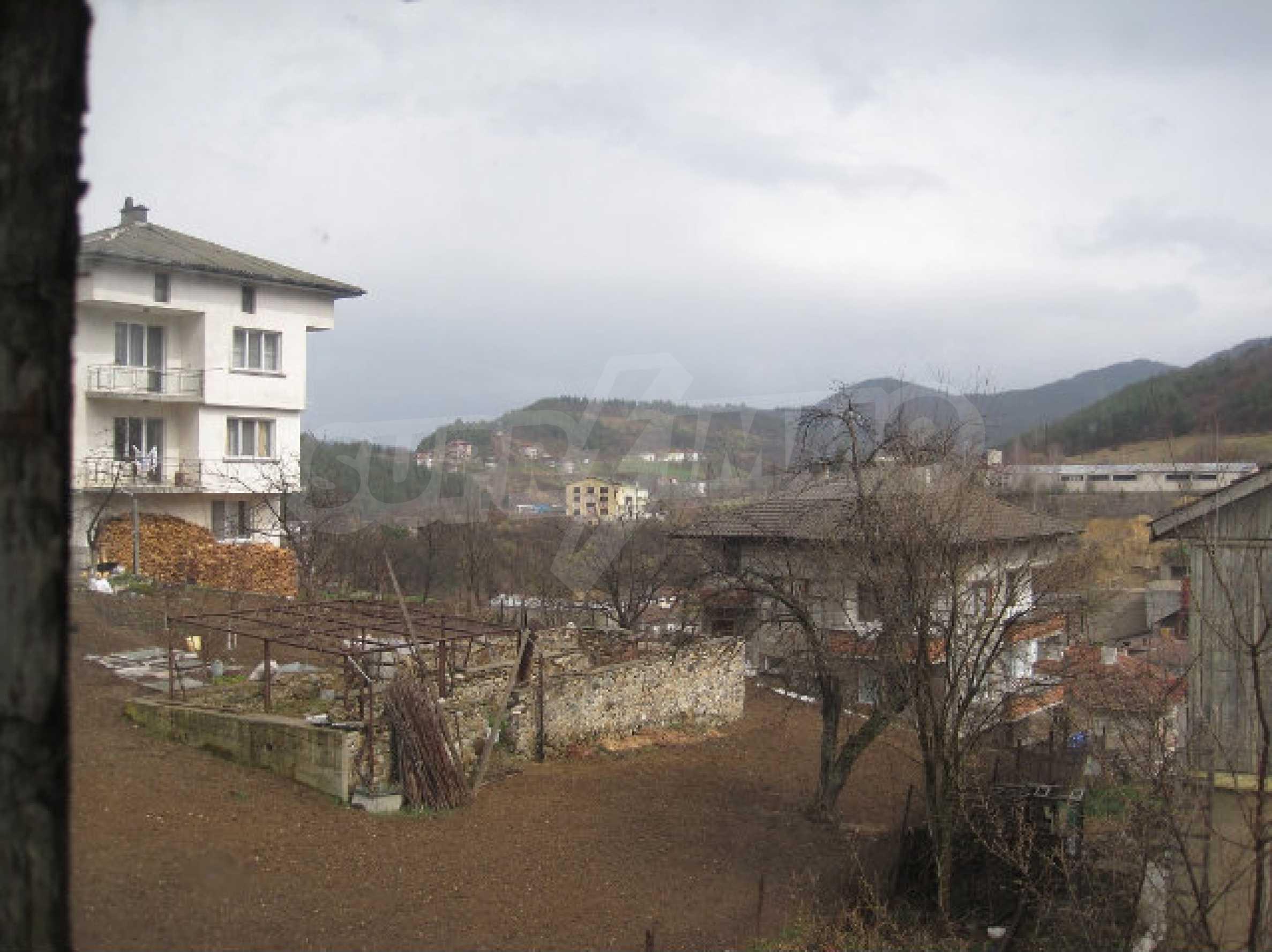 Two-storey house 25 km away from Smolyan 12
