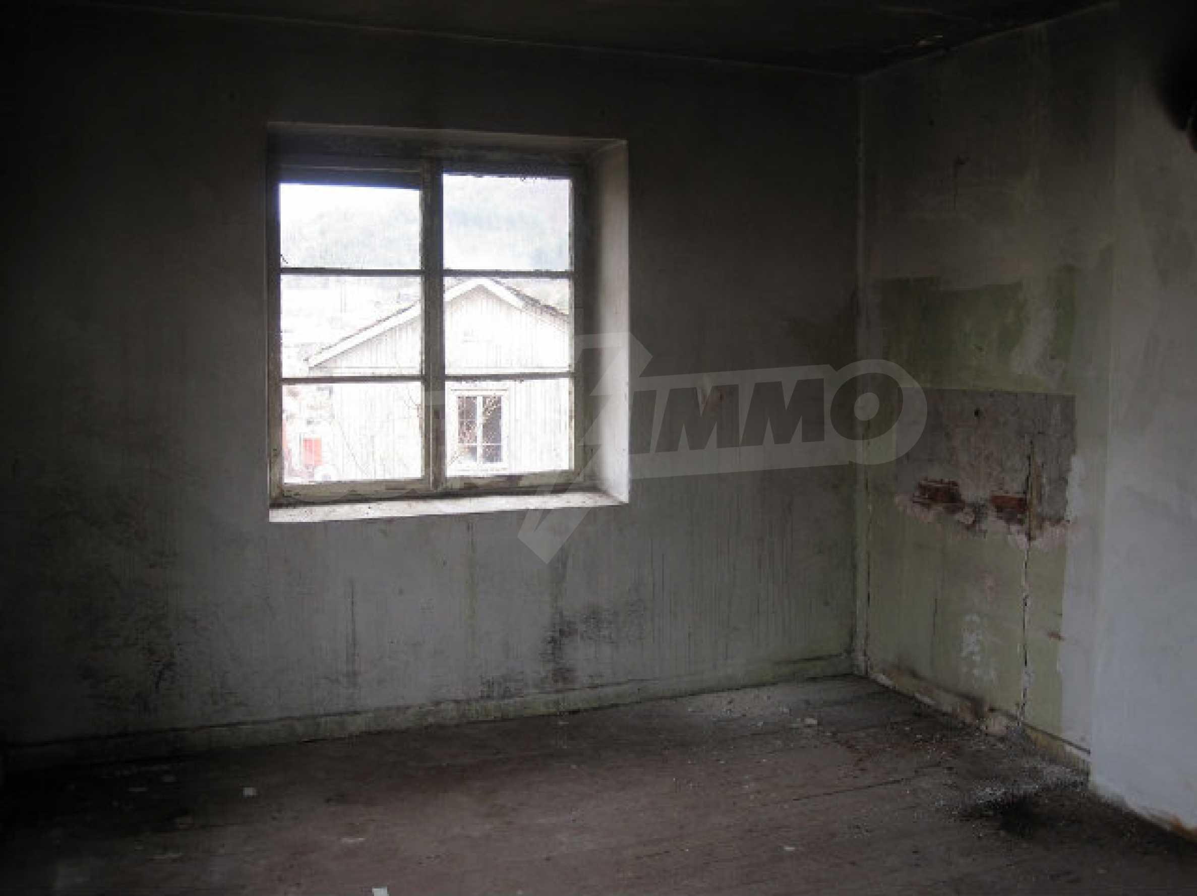 Two-storey house 25 km away from Smolyan 8