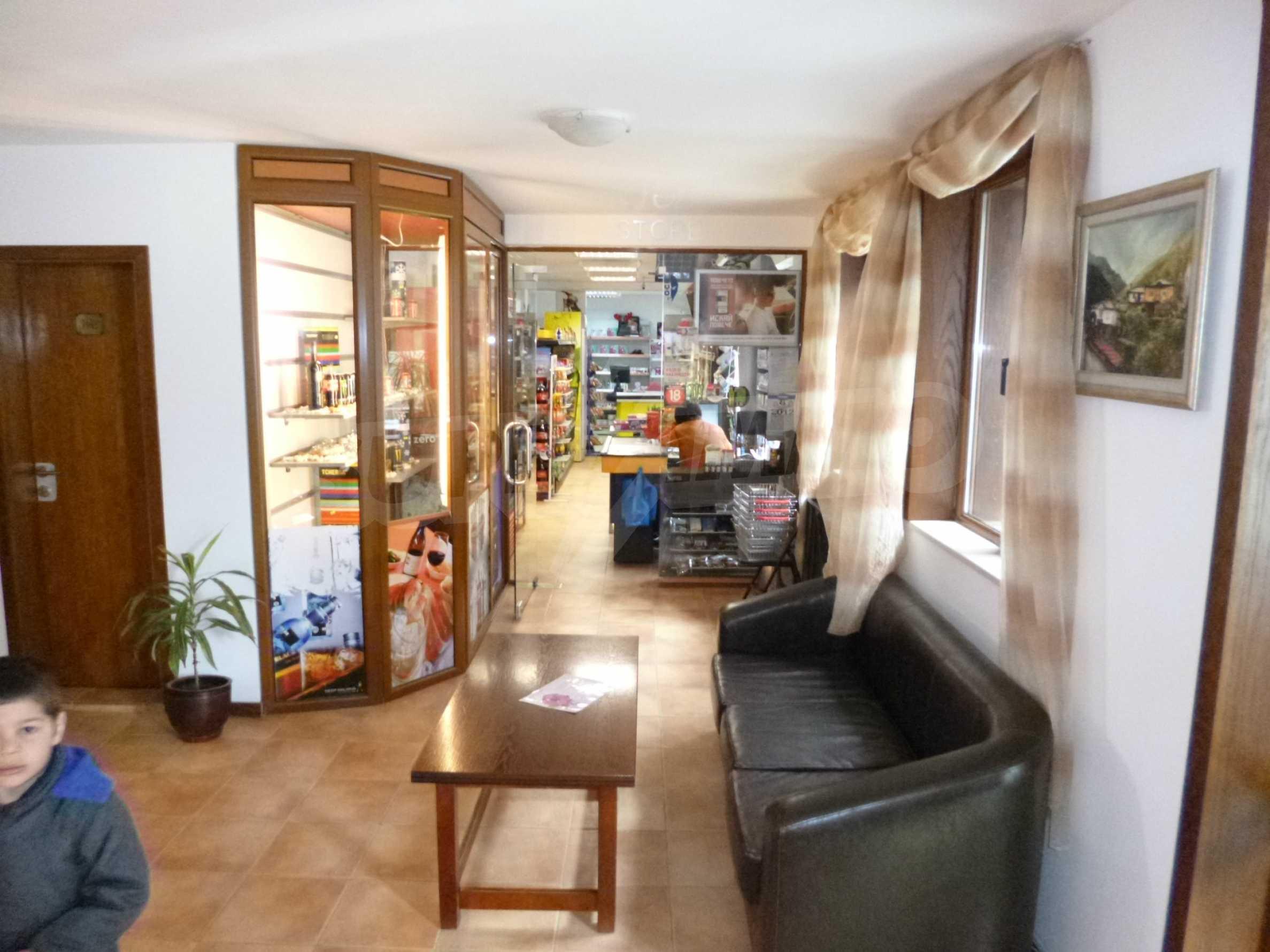 Cozy studio in the luxury gated complex Castle 11