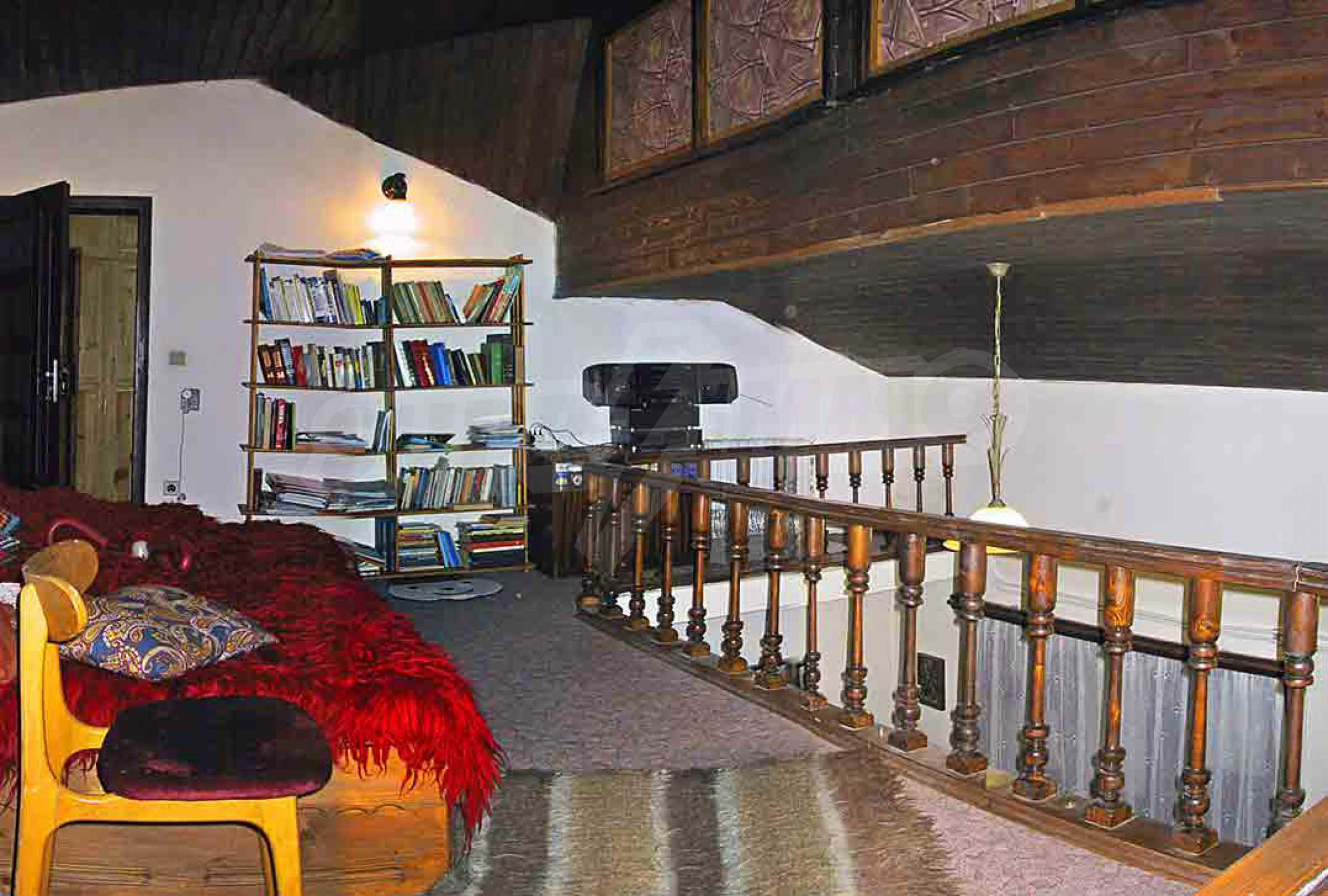 Great furnished maisonette in the center of the town of Chepelare 14