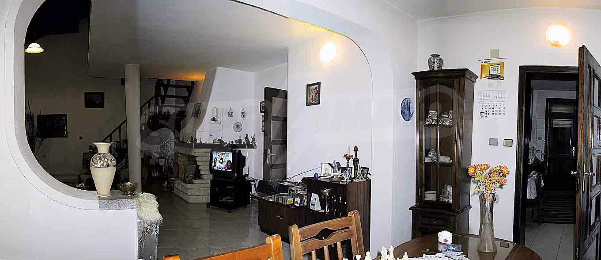 Great furnished maisonette in the center of the town of Chepelare 8