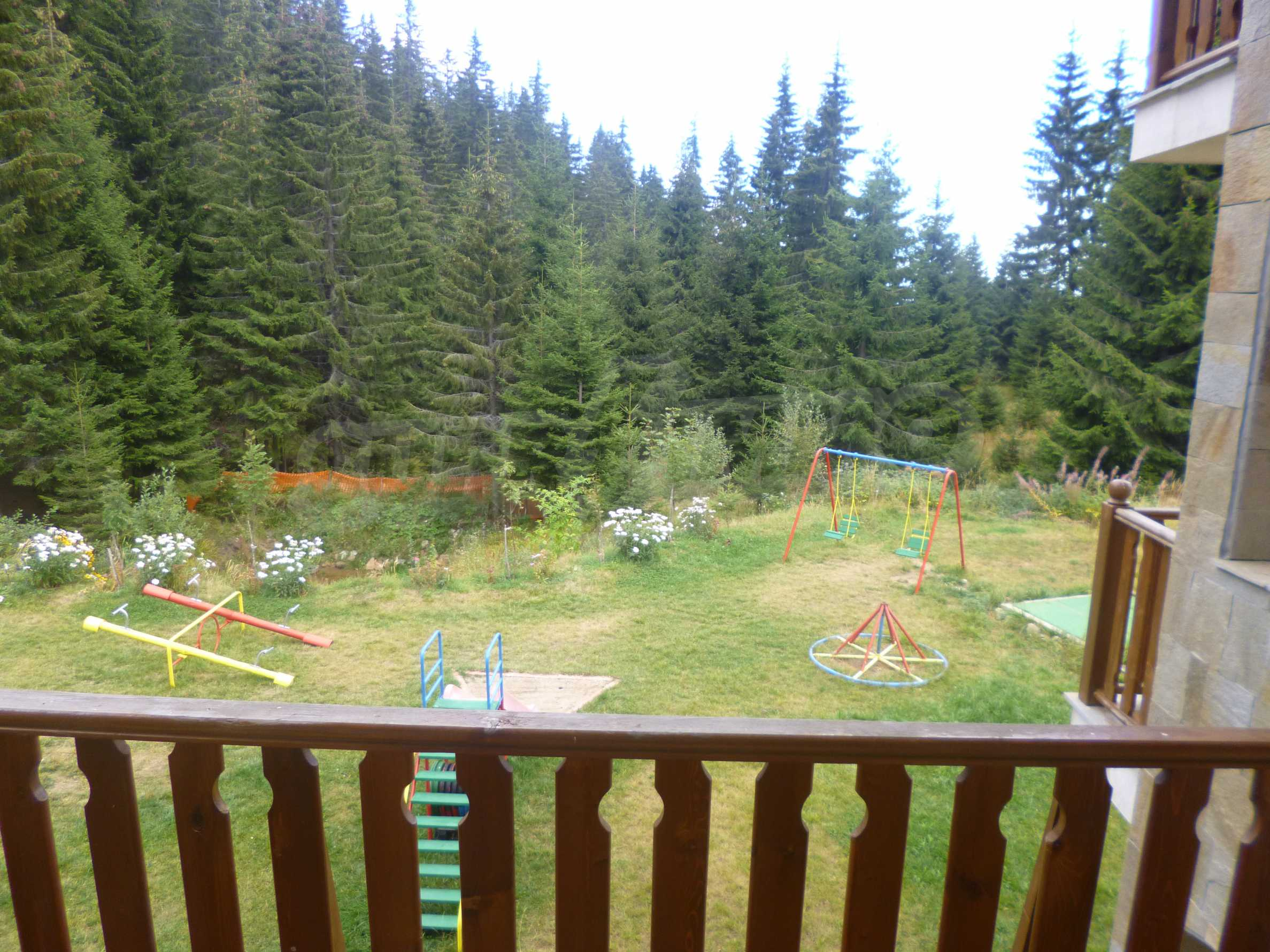 Raykovski Lodge 11