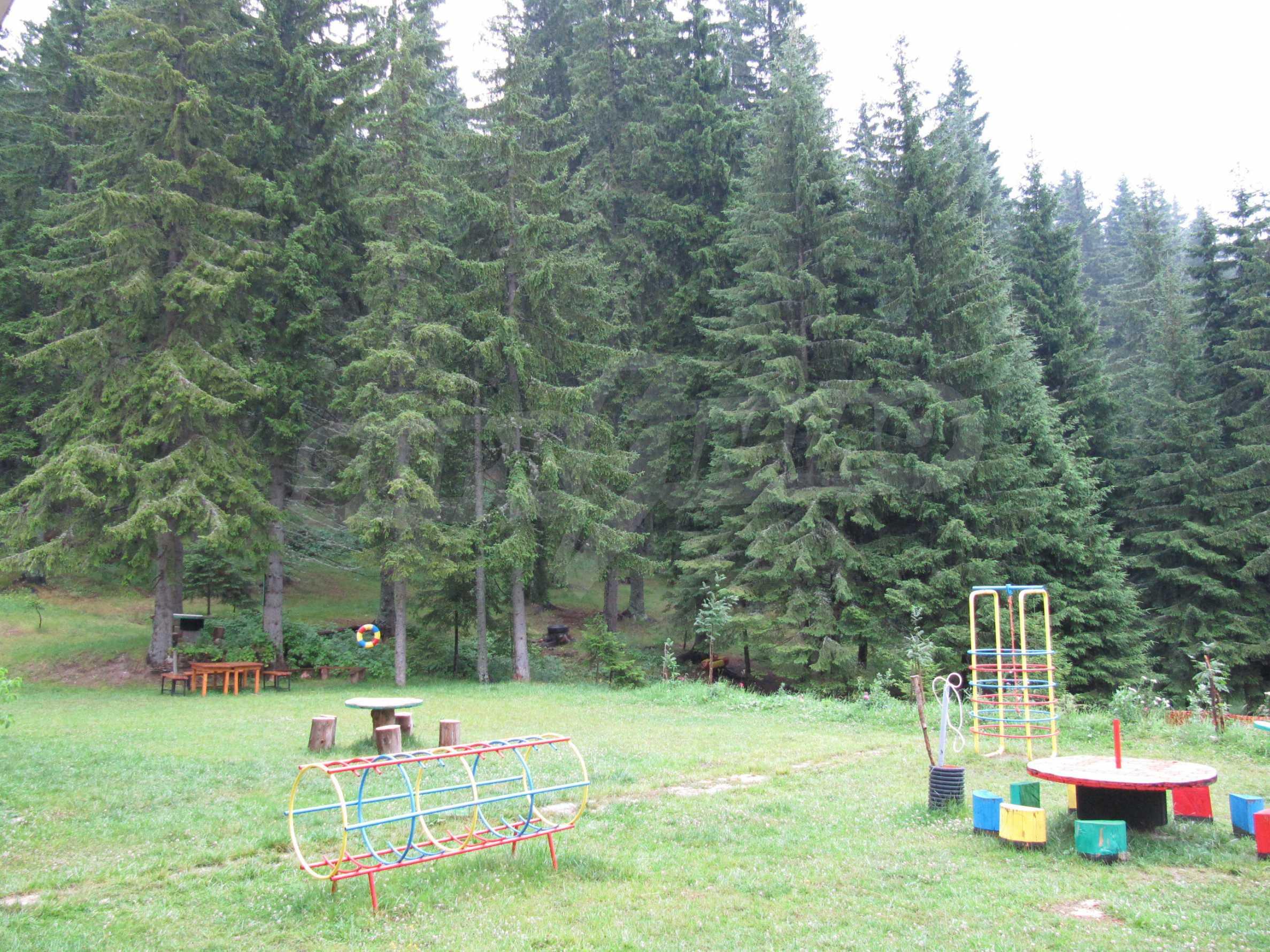 Raykovski Lodge 25