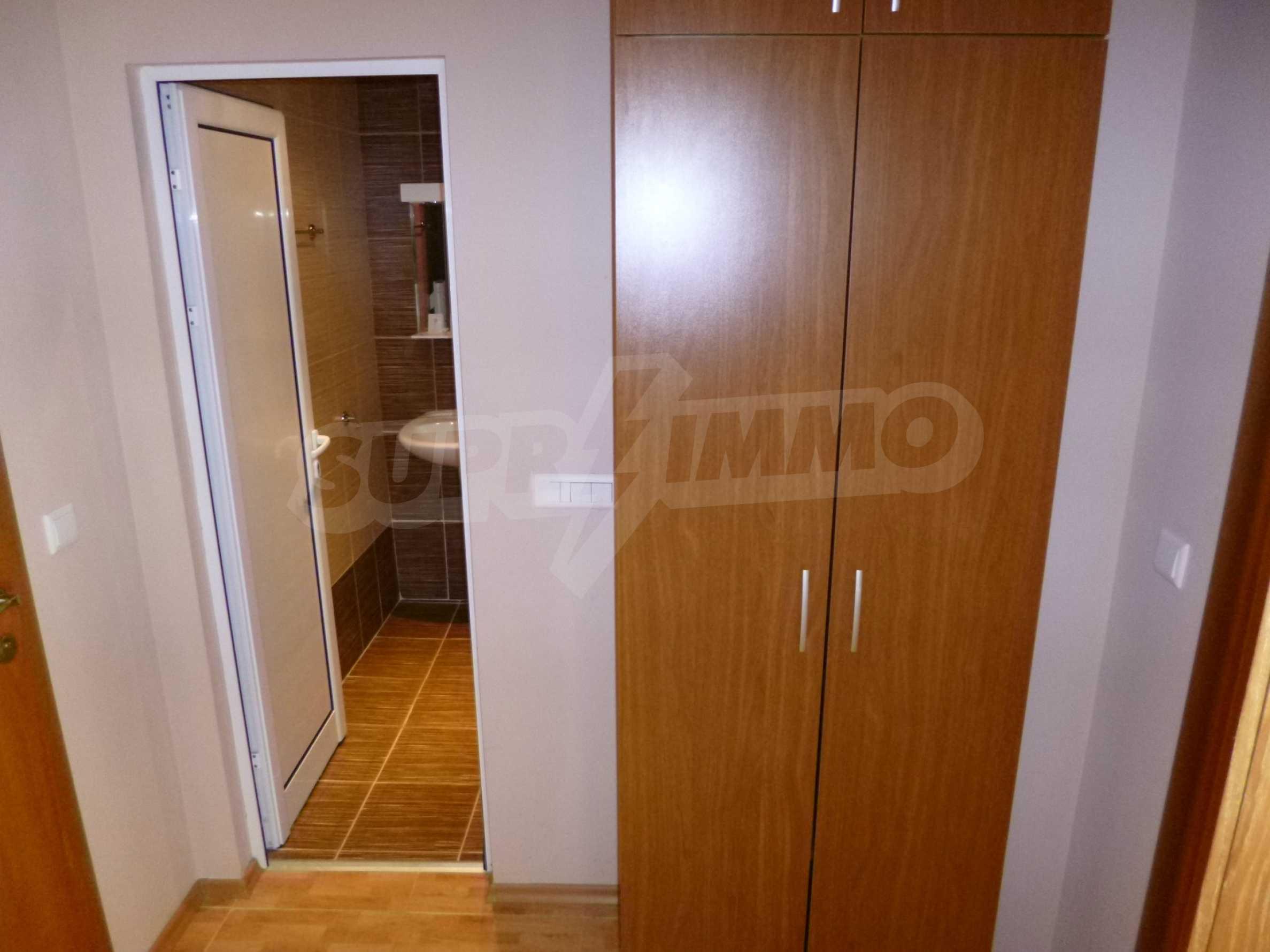 """Elegant möblierte und möblierte 1-Zimmer-Wohnung in einer geschlossenen Anlage """"Lucky Pamporovo"""" 9"""