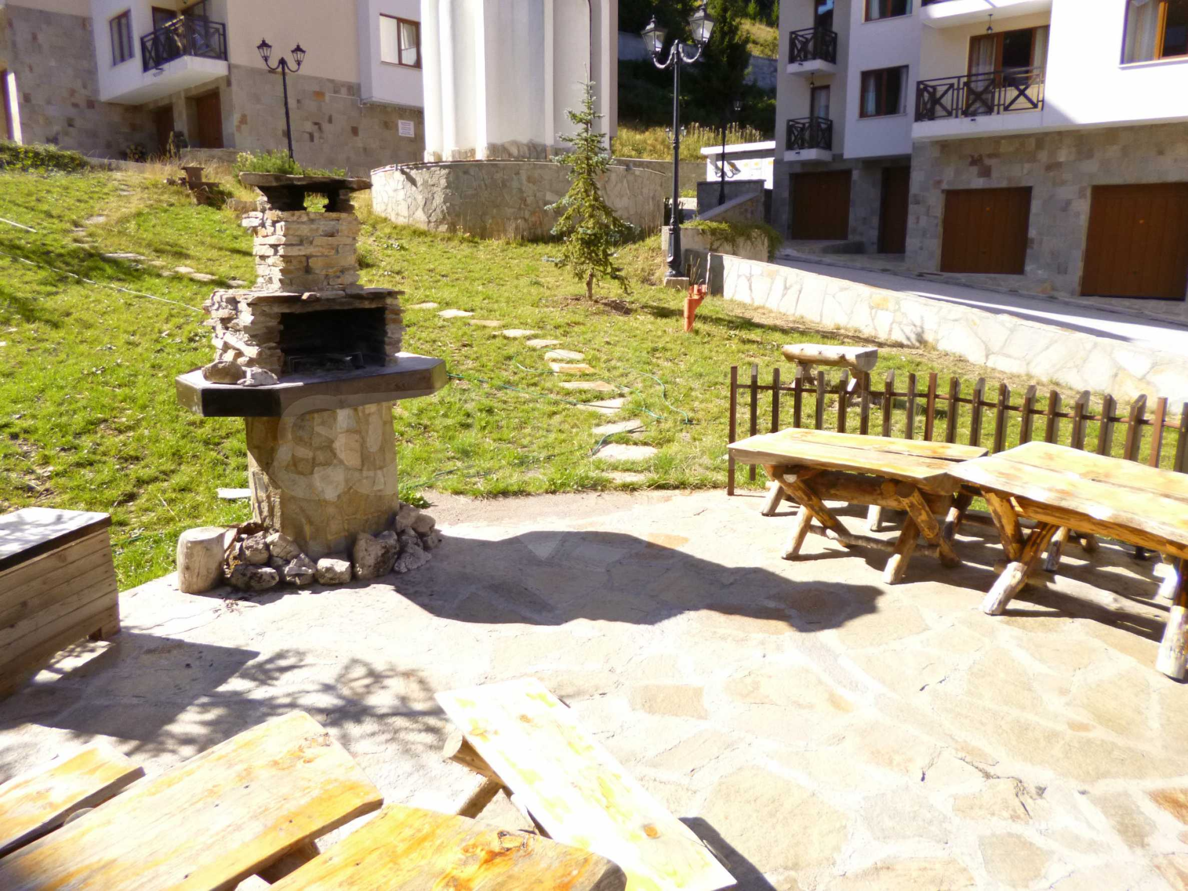 Elegant fully equipped and furnished 1-bedroom apartment in the gated complex Lucky Pamporovo 11