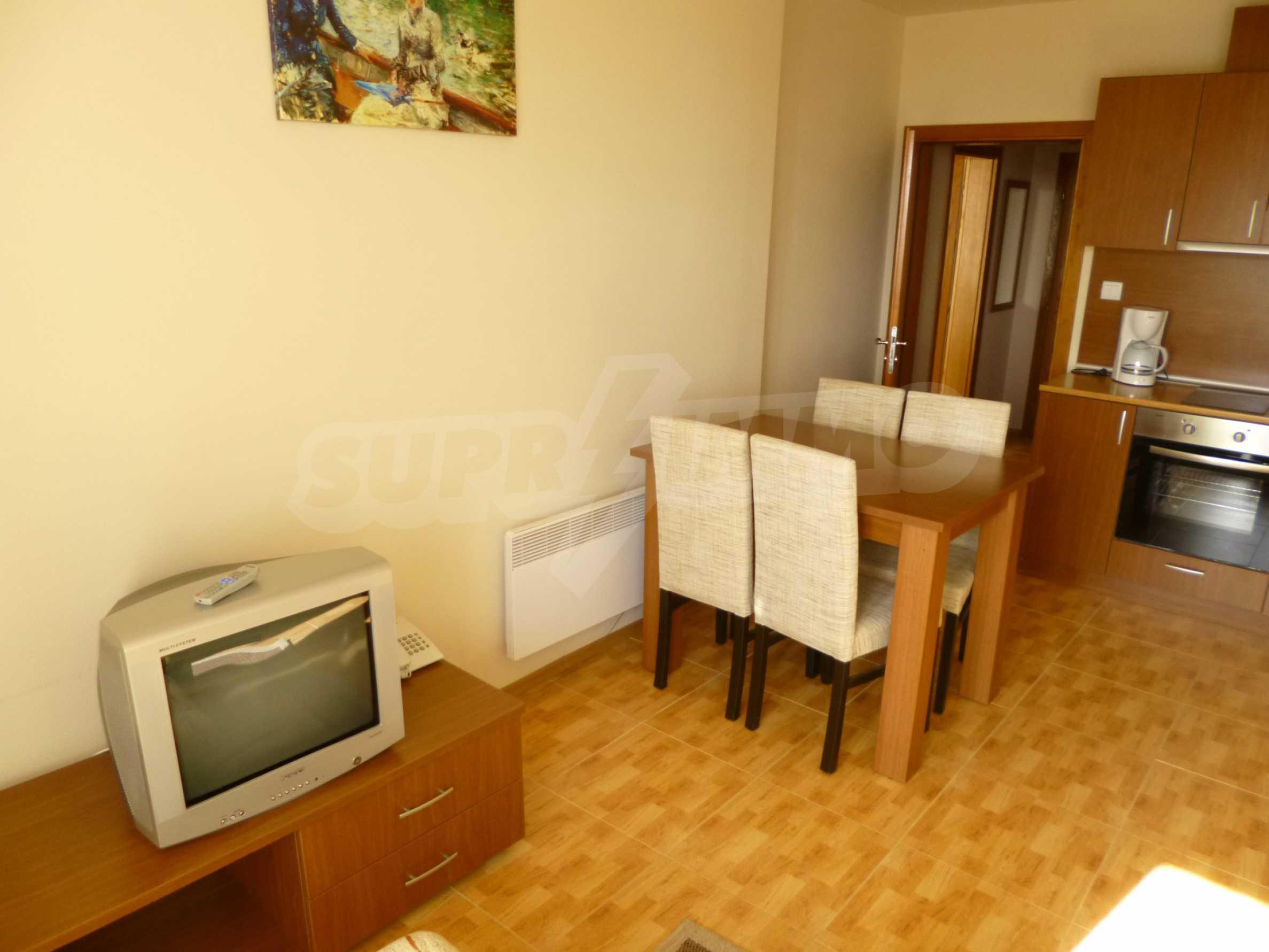 """Elegant möblierte und möblierte 1-Zimmer-Wohnung in einer geschlossenen Anlage """"Lucky Pamporovo"""" 3"""