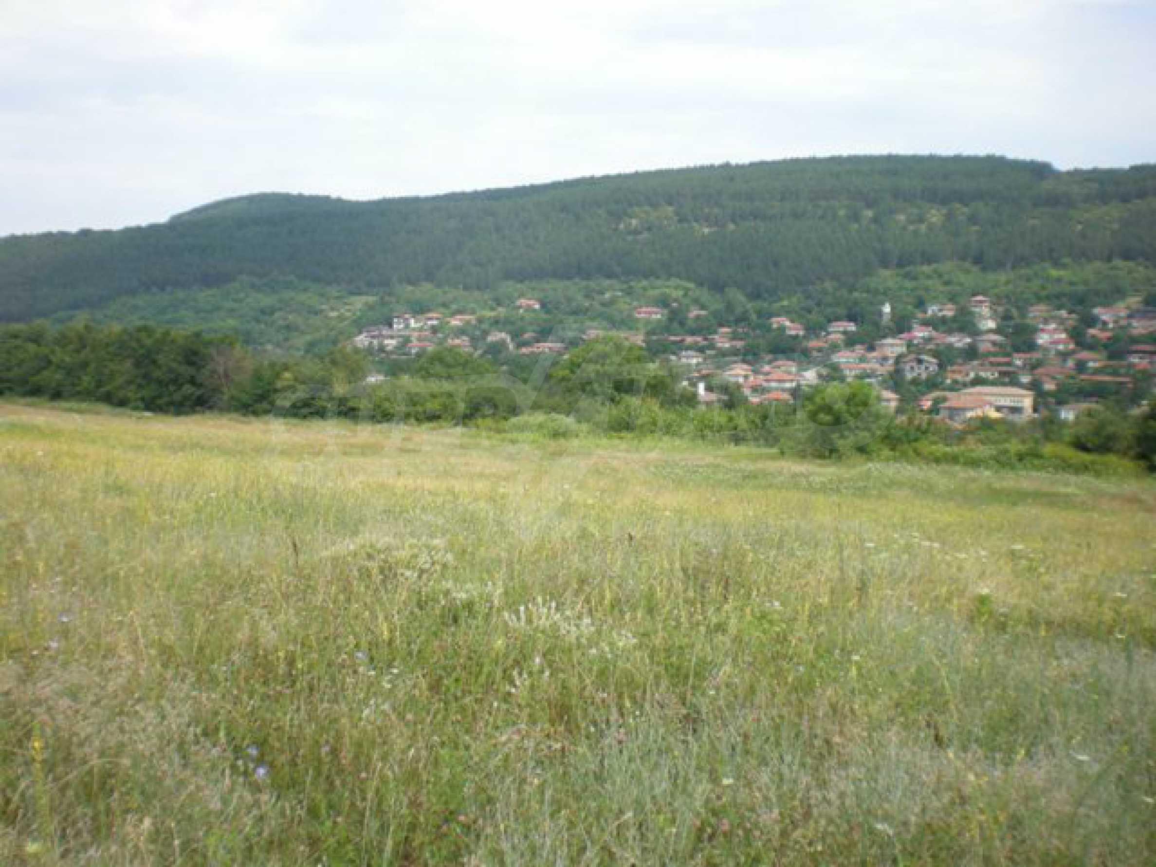 Парцели до регулация само на 3 км от Велико Търново  21