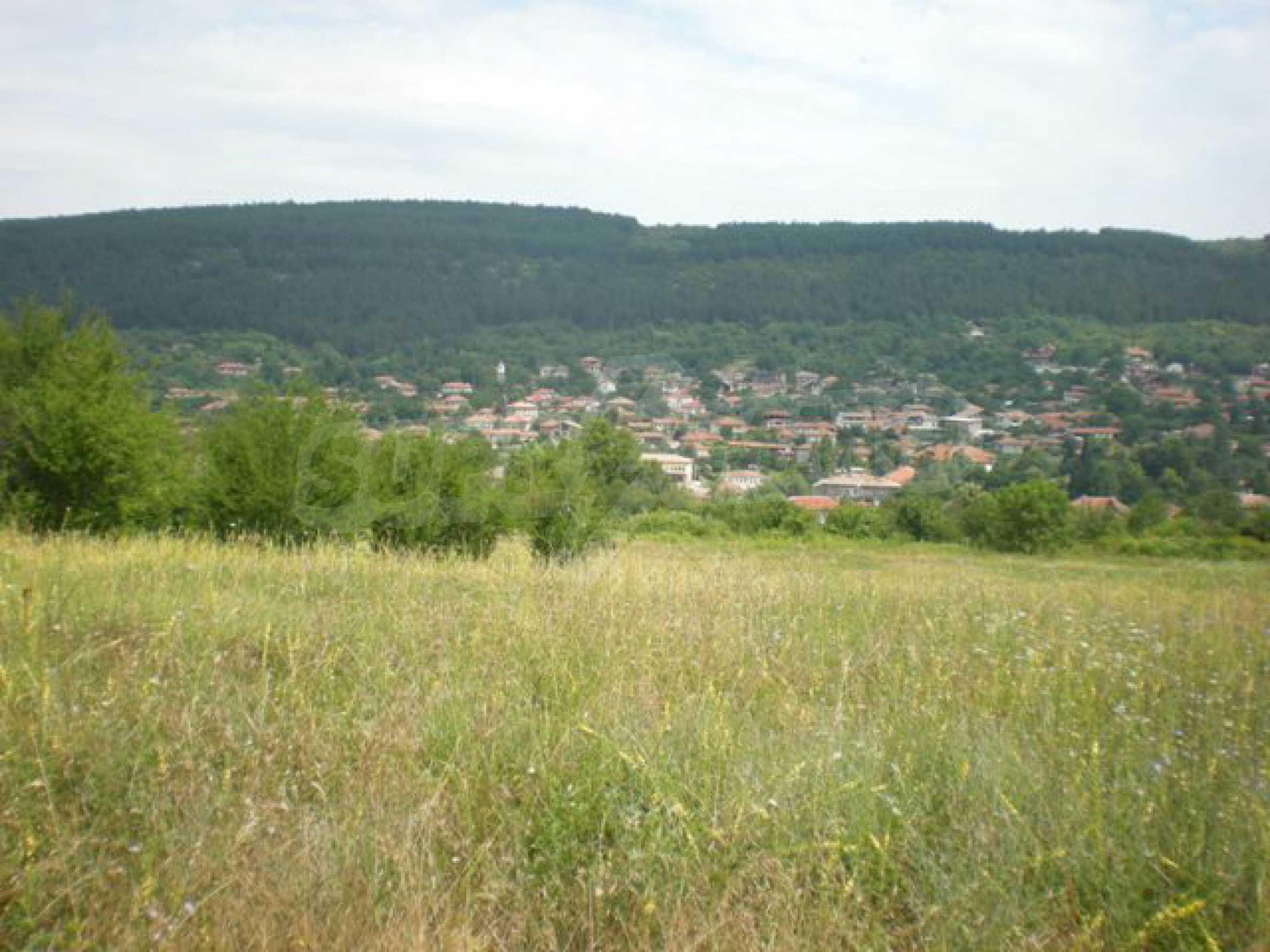Парцели до регулация само на 3 км от Велико Търново  3
