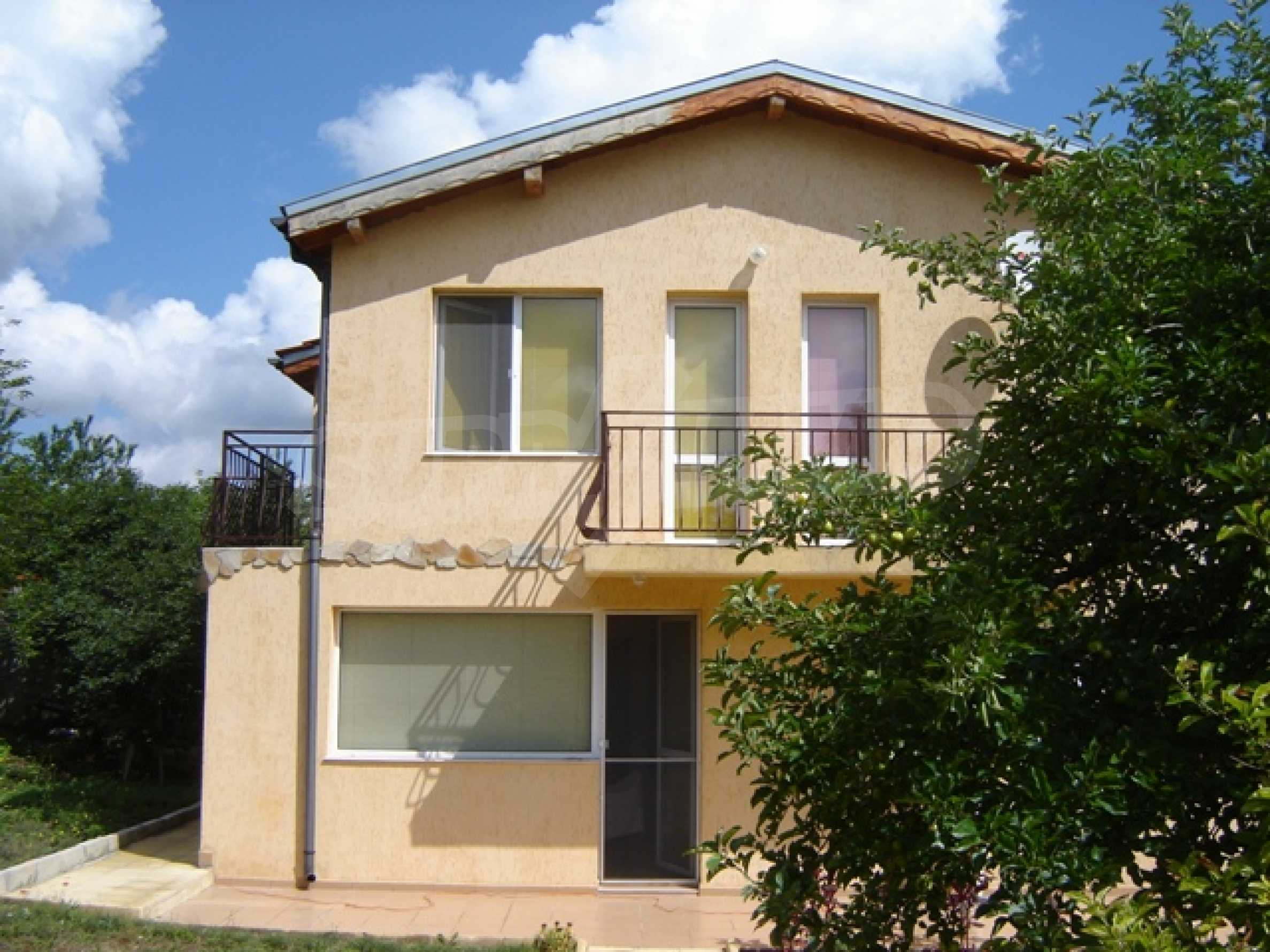 Two-storey house close to Varna