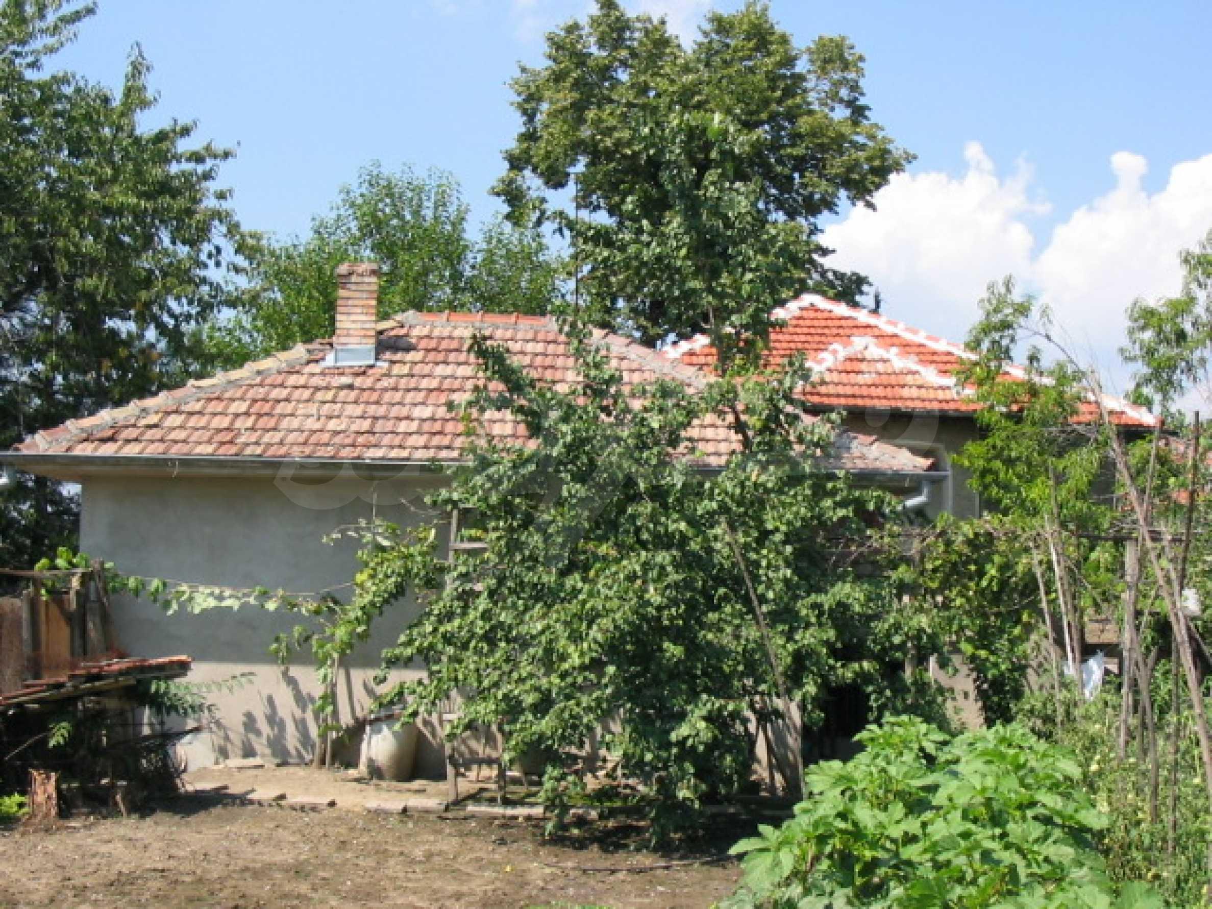 Къща в добро състояние до Велико Търново