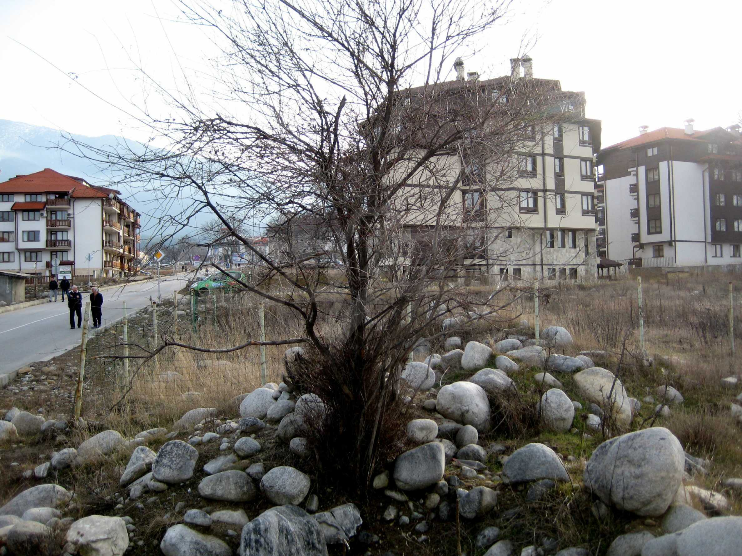 Attraktives Grundstück mit hervorragender Kommunikation in Bansko 4