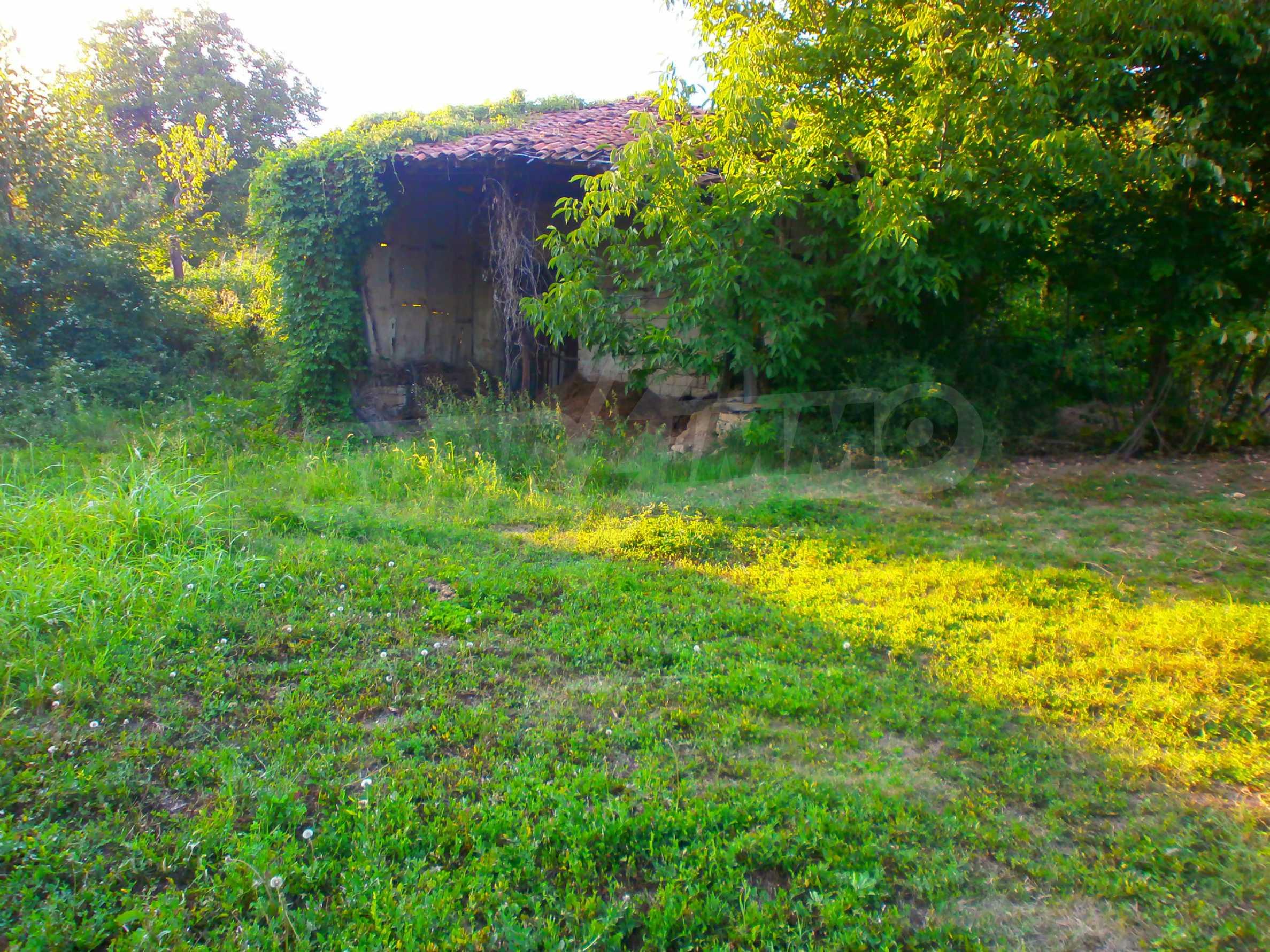 Regulated plot of land in a wonderful village near Veliko Tarnovo 1