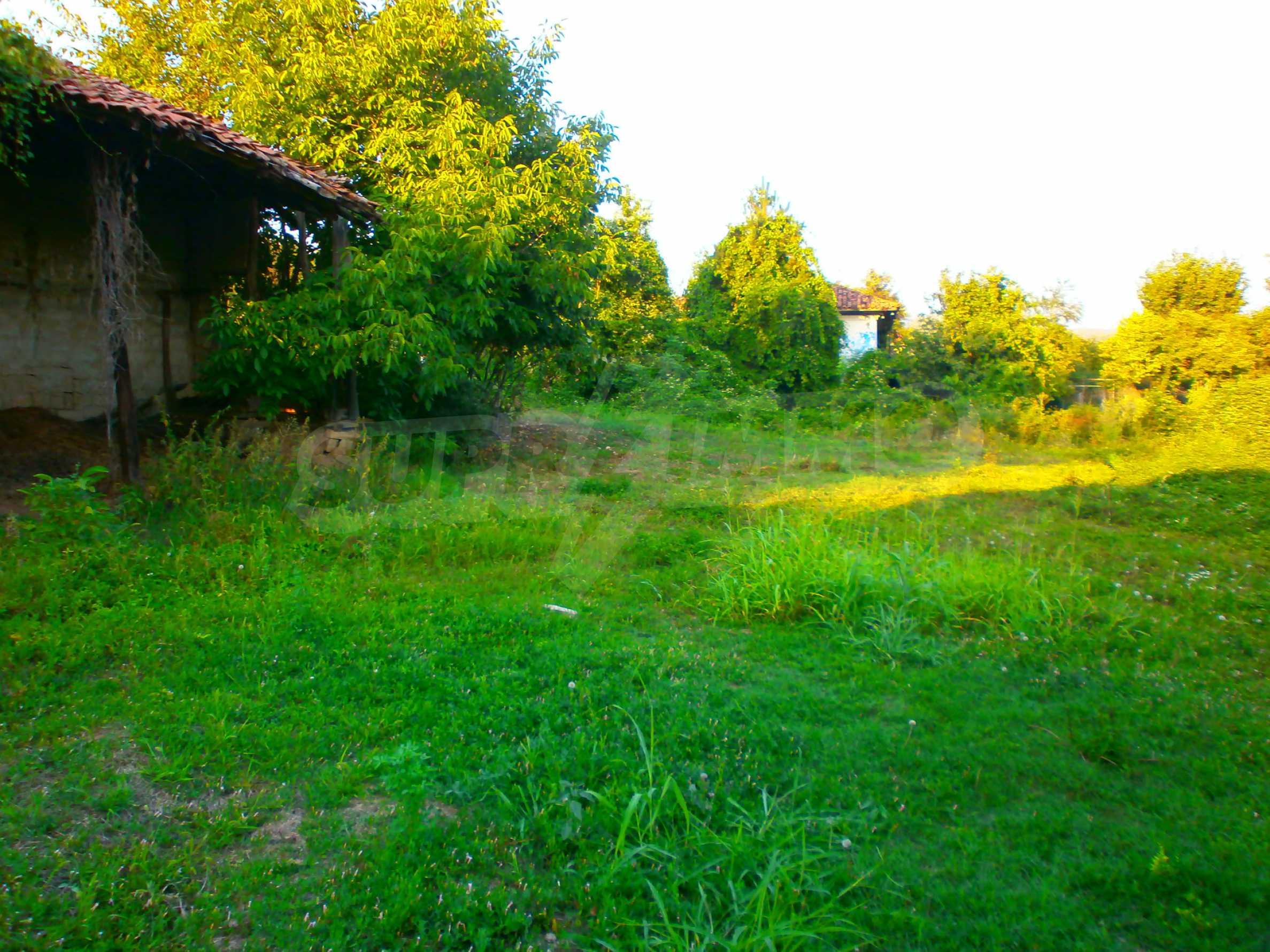 Regulated plot of land in a wonderful village near Veliko Tarnovo 4